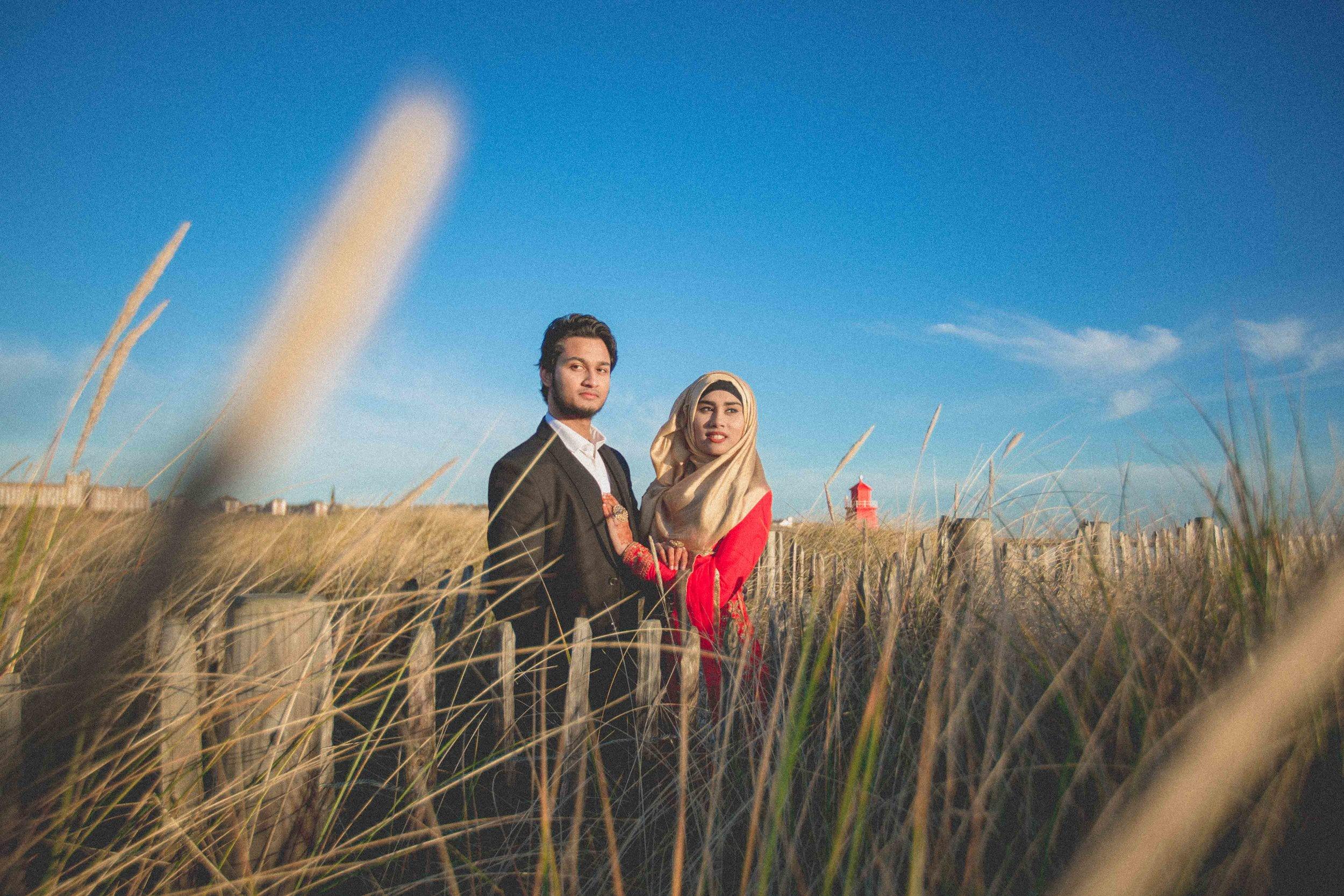 newcastle-beach-lighthouse-couple-prewedding-pre-wedding-shoot-asian-wedding-photographer-natalia-smith-photography-5.jpg