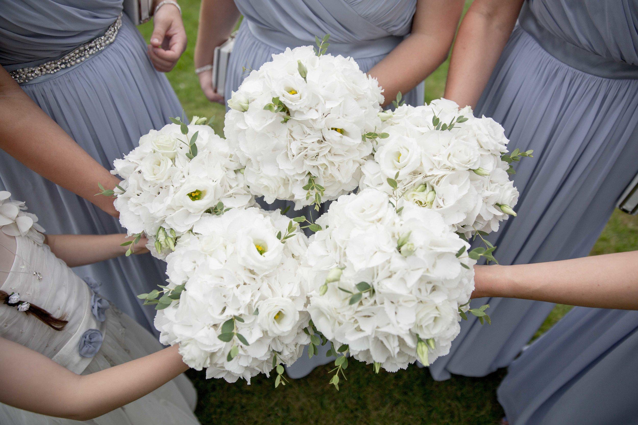 cotswold-wedding-photography-at-stonehouse-court-hotel-natalia-smith-photography-gloucestershire-wedding-photographer-5.jpg