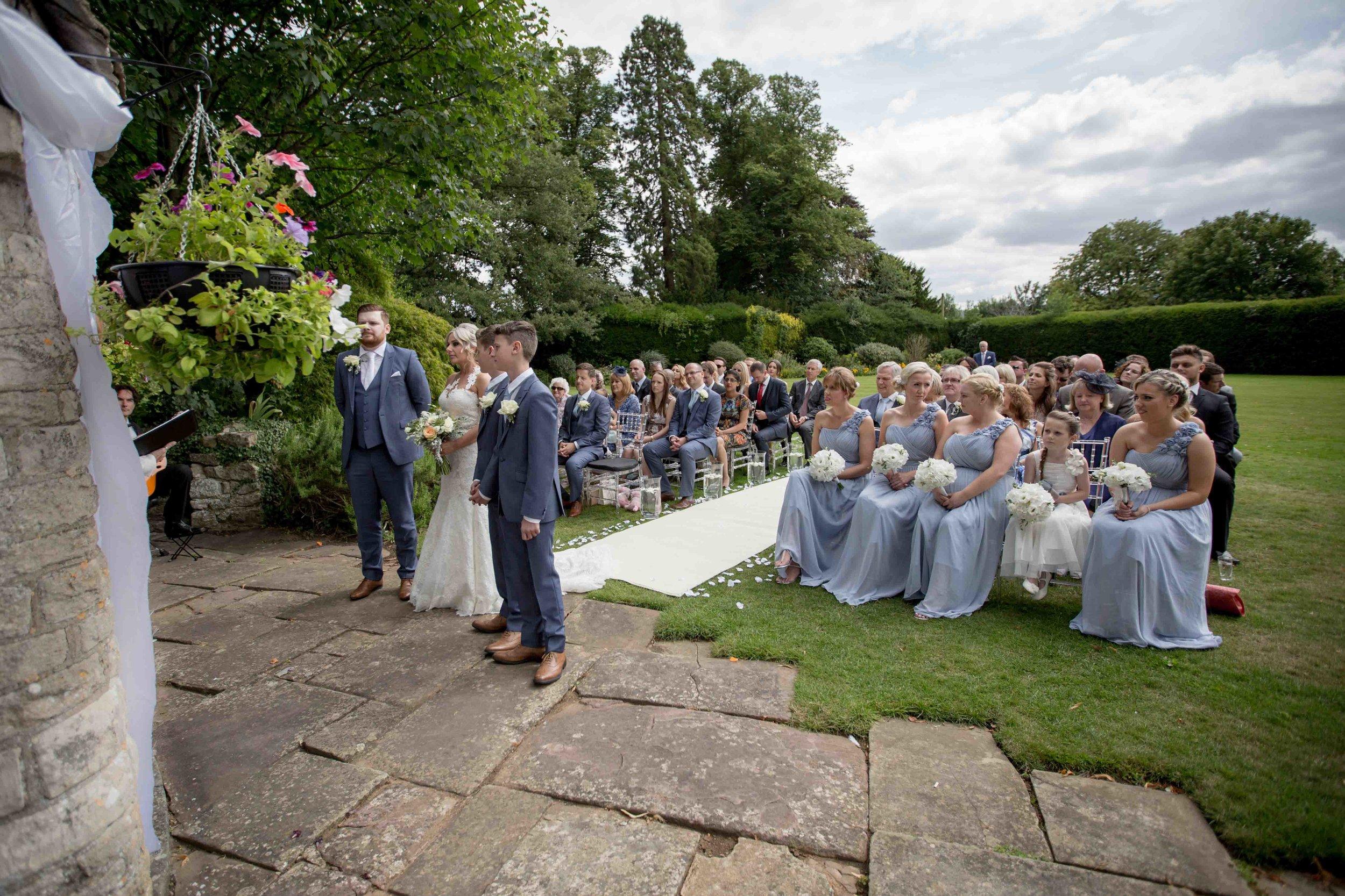 cotswold-wedding-photography-at-stonehouse-court-hotel-natalia-smith-photography-gloucestershire-wedding-photographer-34.jpg