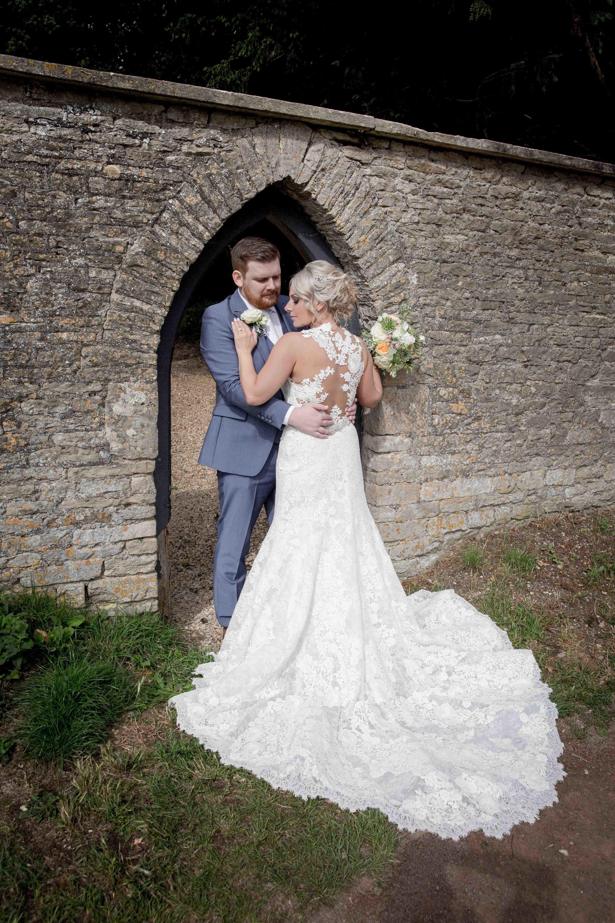 cotswold-wedding-photography-at-stonehouse-court-hotel-natalia-smith-photography-gloucestershire-wedding-photographer-68.jpg