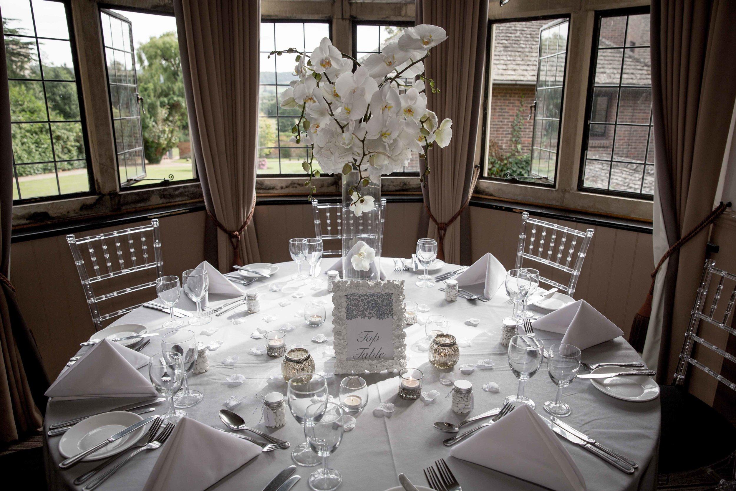 cotswold-wedding-photography-at-stonehouse-court-hotel-natalia-smith-photography-gloucestershire-wedding-photographer-71.jpg