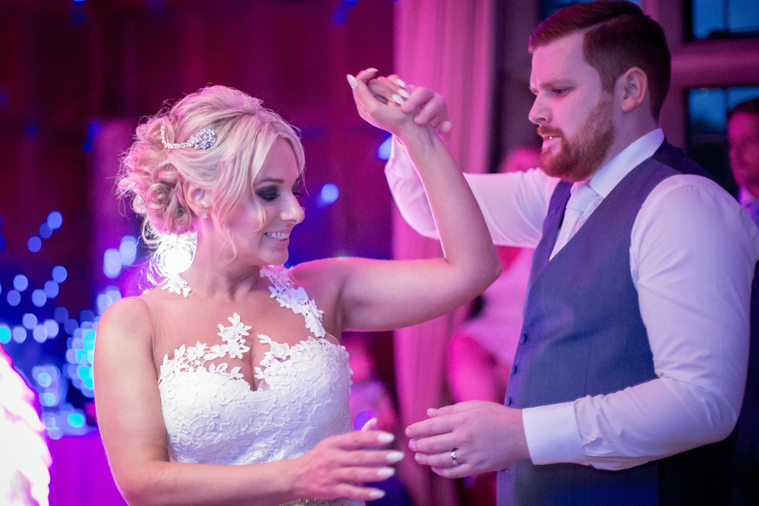 cotswold-wedding-photography-at-stonehouse-court-hotel-natalia-smith-photography-gloucestershire-wedding-photographer-90.jpg