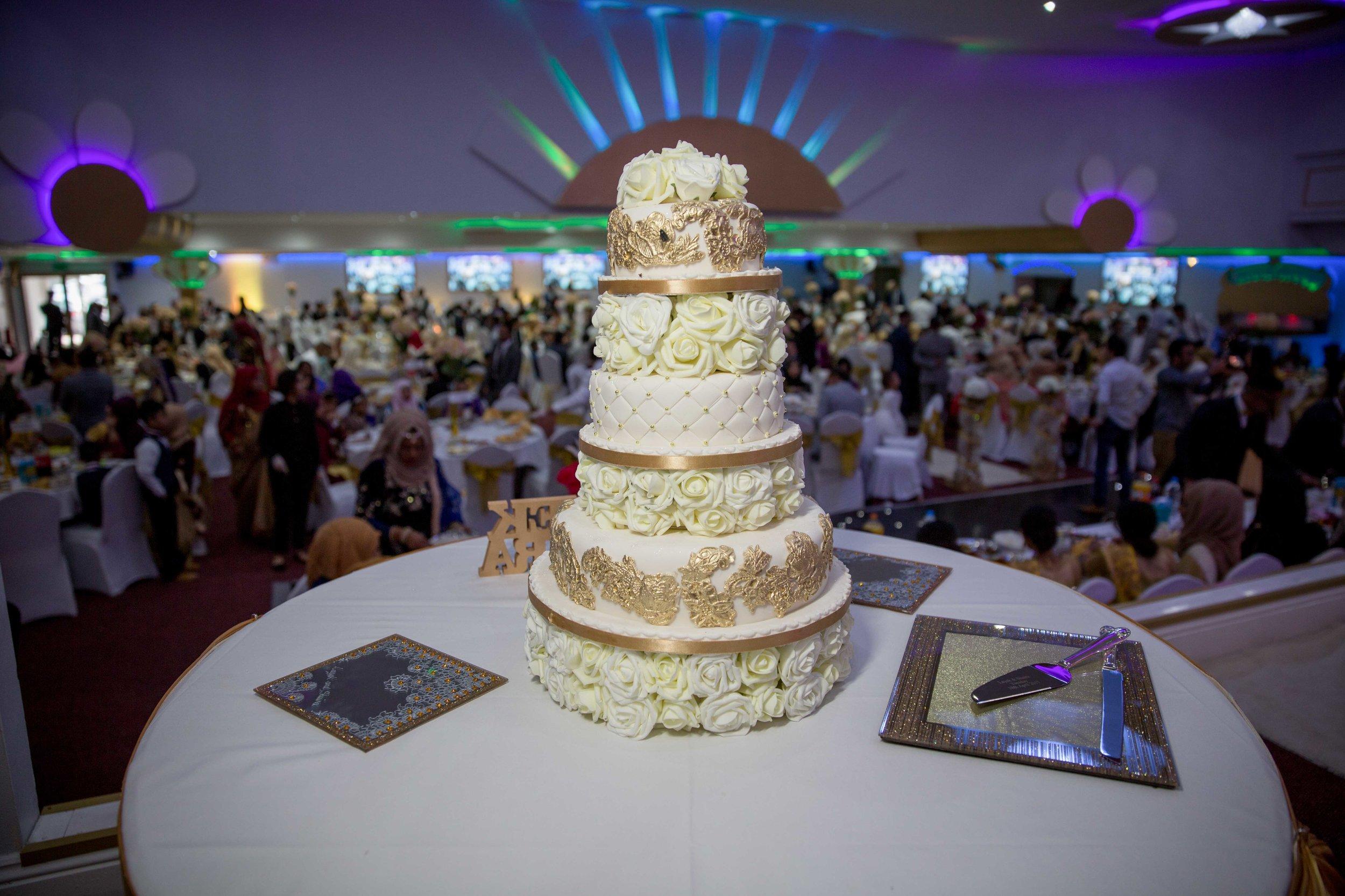 Female-Asian-Piccadilly-banqueting-suite-Wedding-Photographer-Birmingham-natalia-smith-photography-23.jpg