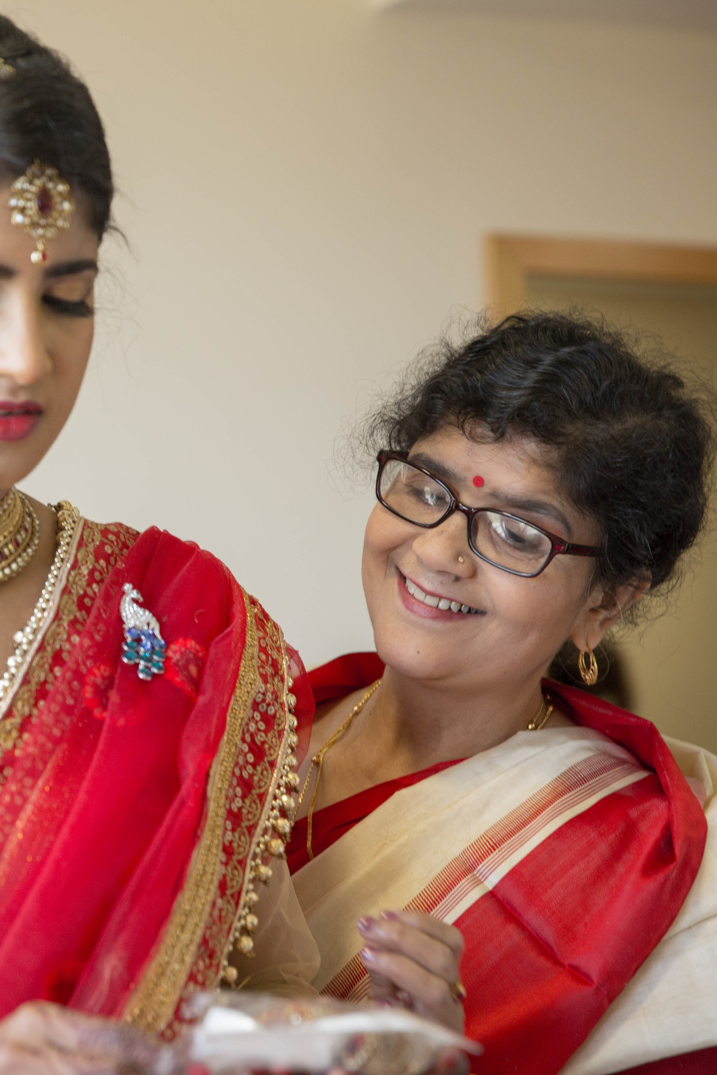 ramada-park-hall-hotel-birmingham-wolverhampton-hindu-wedding-asian-wedding-photography-natalia-smith-photography-12.jpg