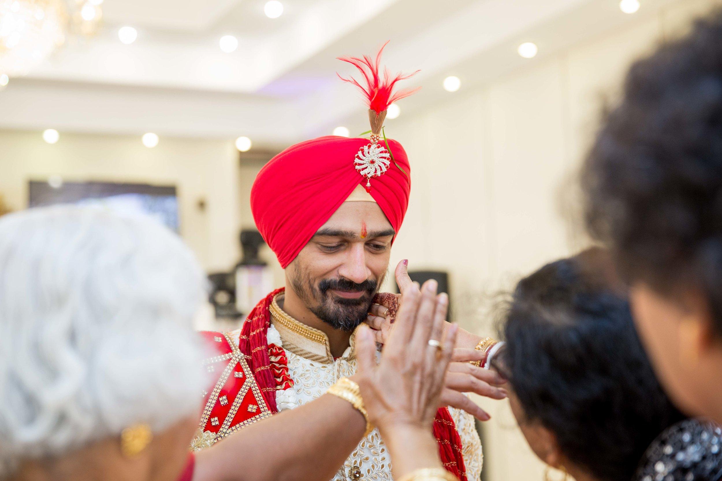 ramada-park-hall-hotel-birmingham-wolverhampton-hindu-wedding-asian-wedding-photography-natalia-smith-photography-18.jpg