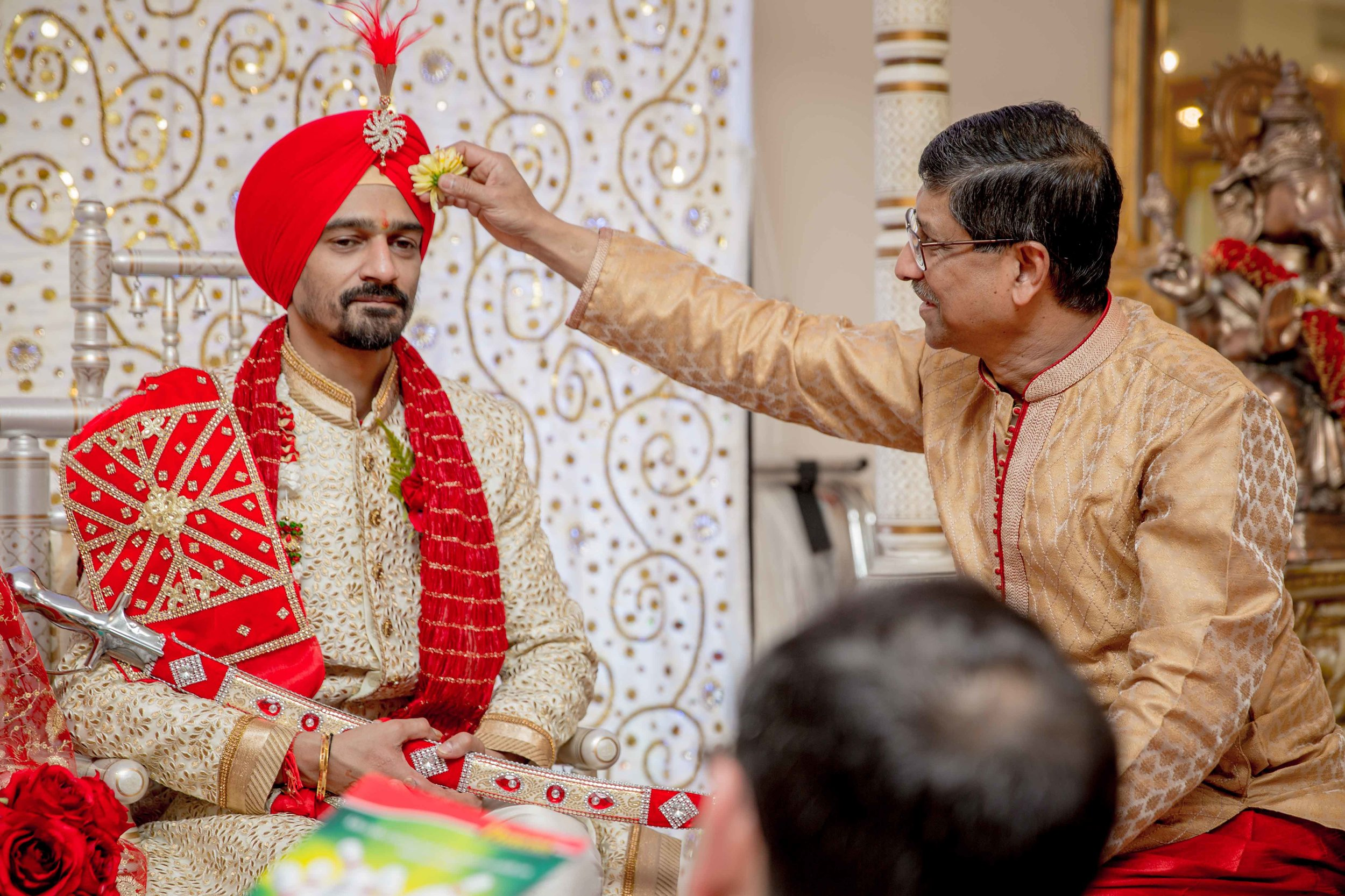 ramada-park-hall-hotel-birmingham-wolverhampton-hindu-wedding-asian-wedding-photography-natalia-smith-photography-23.jpg