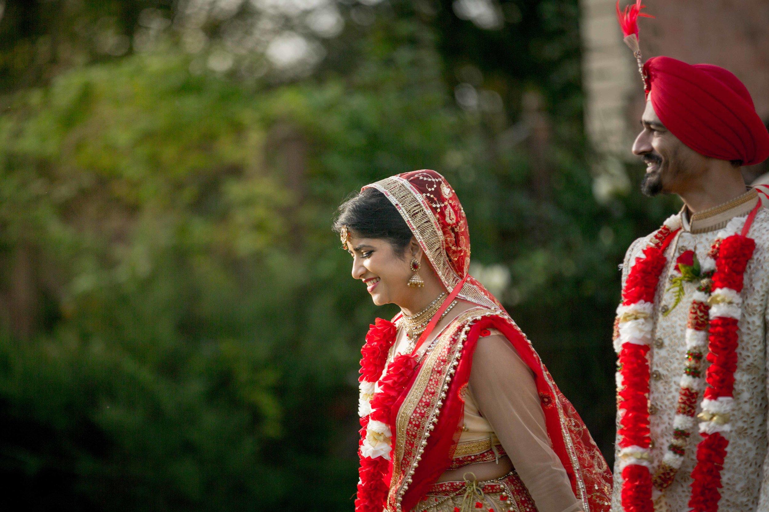 ramada-park-hall-hotel-birmingham-wolverhampton-hindu-wedding-asian-wedding-photography-natalia-smith-photography-34.jpg