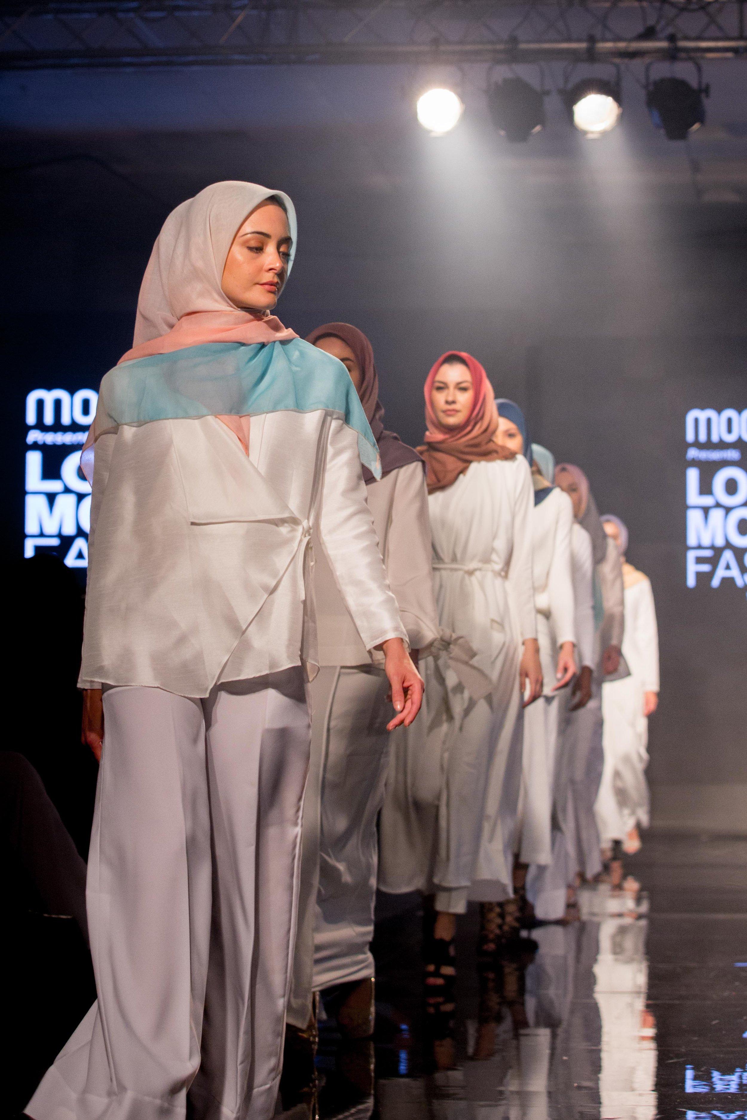 Aidijuma-London-Modest-Fashion-Week-catwalk-photographer-natalia-smith-photography-2.jpg