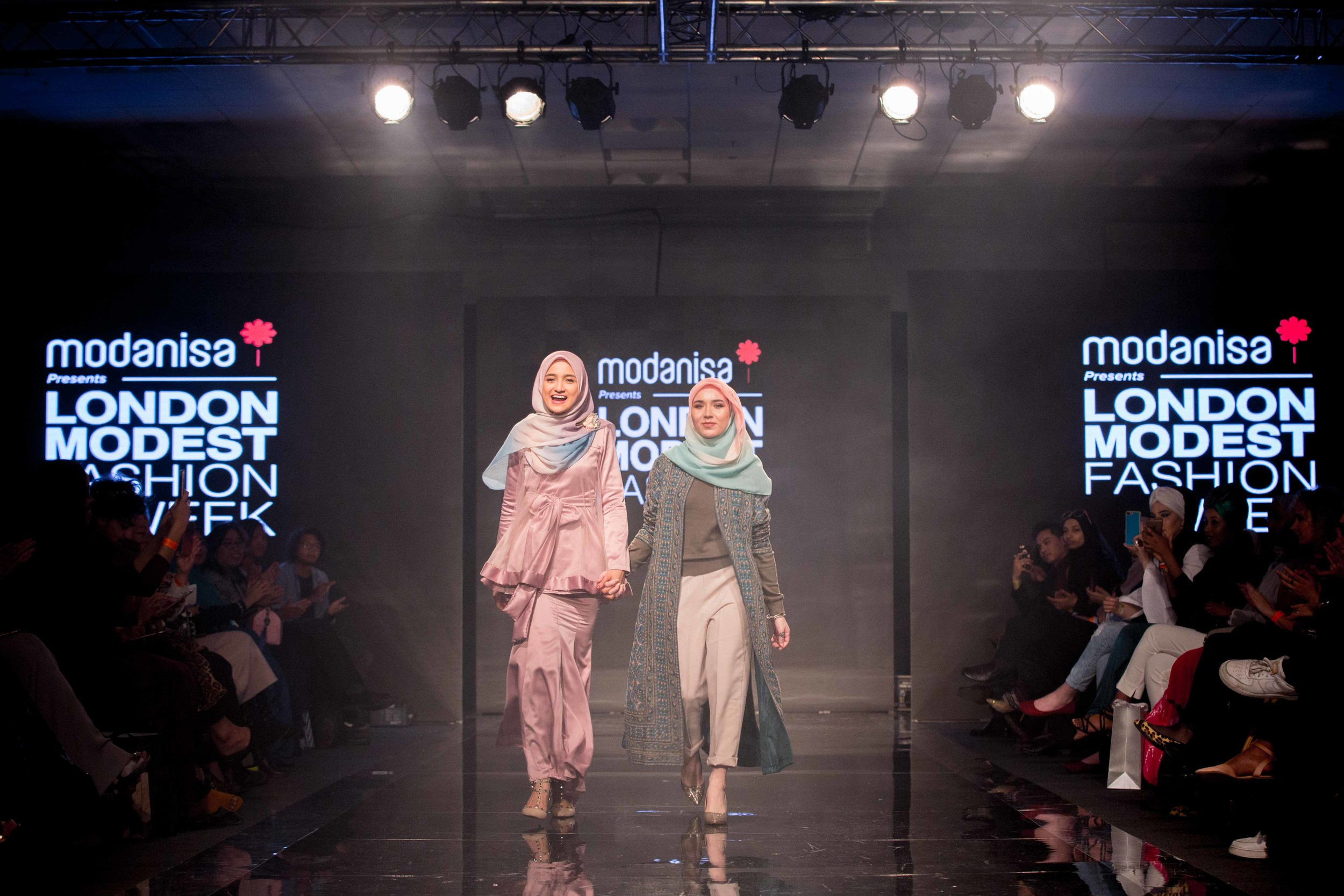 Aidijuma-London-Modest-Fashion-Week-catwalk-photographer-natalia-smith-photography-4.jpg