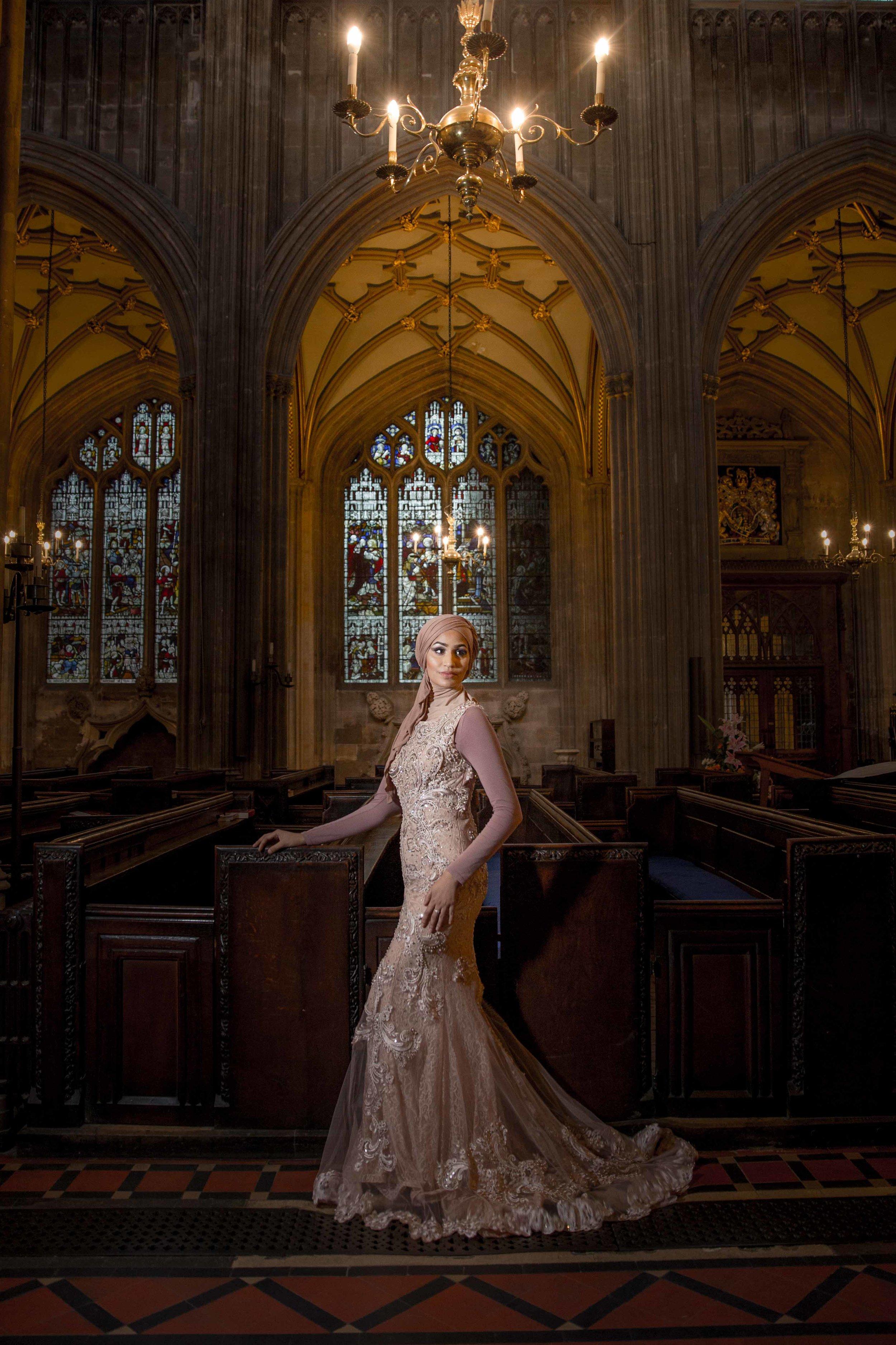 modest-street-aisha-rahman-fashion-photography-london-bristol-natalia-smith-photography-st-St-Mary-Redcliffe-Church-2.jpg