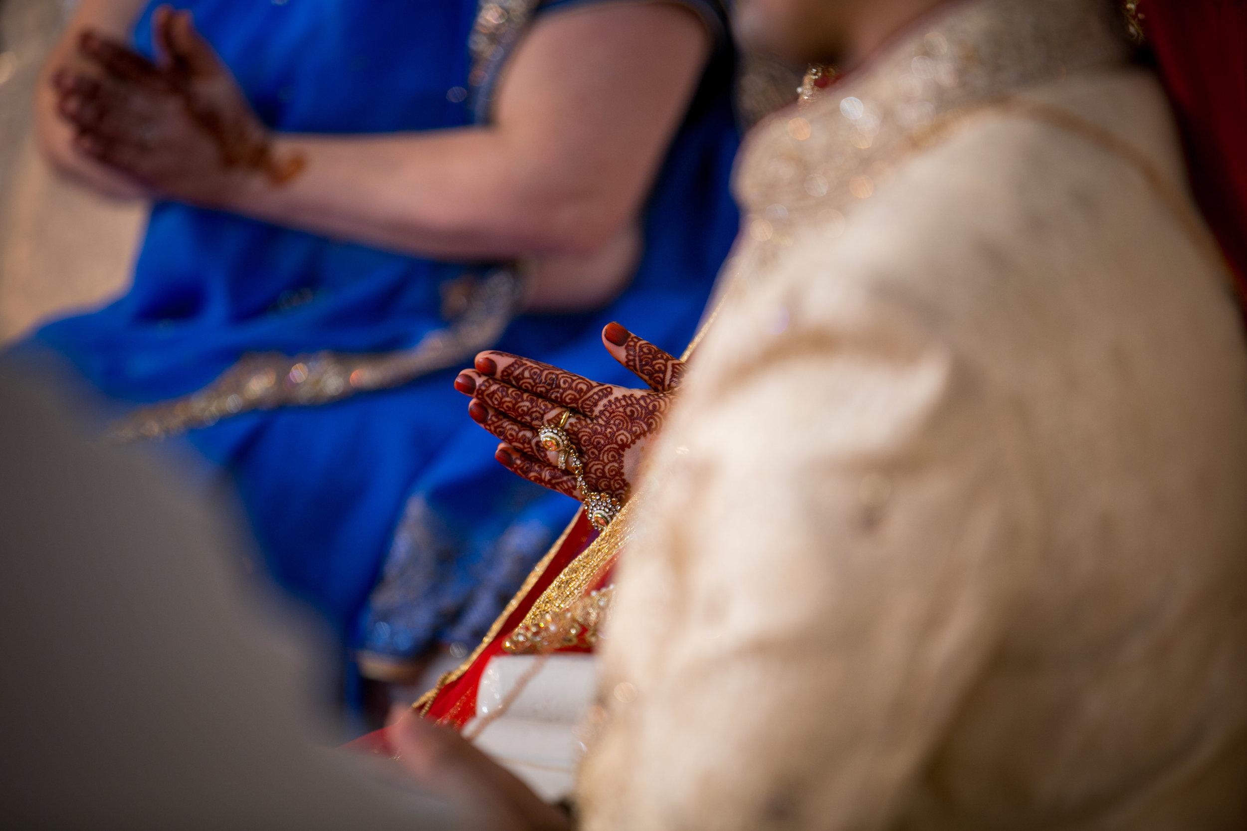 asian-Hindu-wedding-photographer-london-natalia-smith-photography-31.jpg