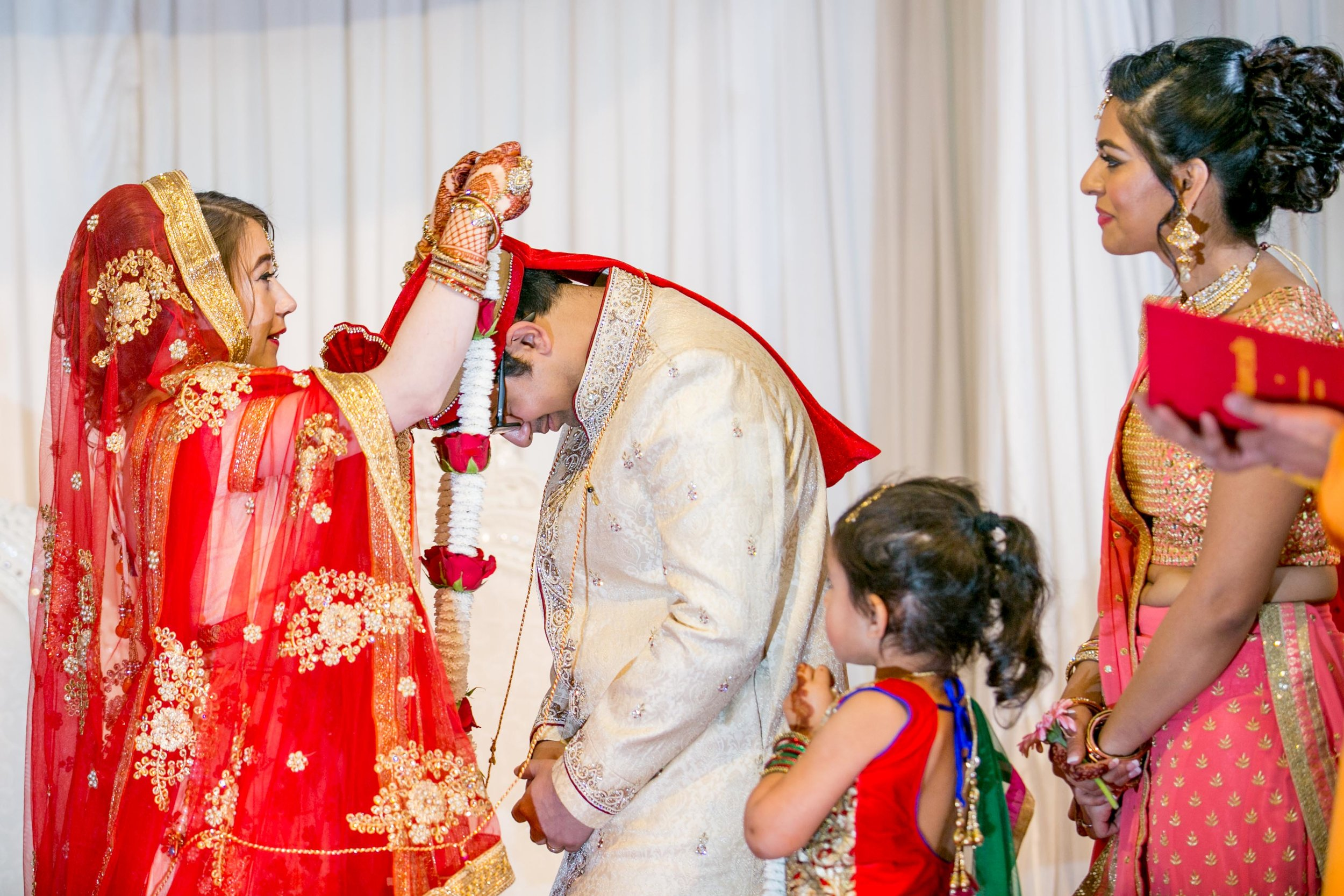 asian-Hindu-wedding-photographer-london-natalia-smith-photography-34.jpg