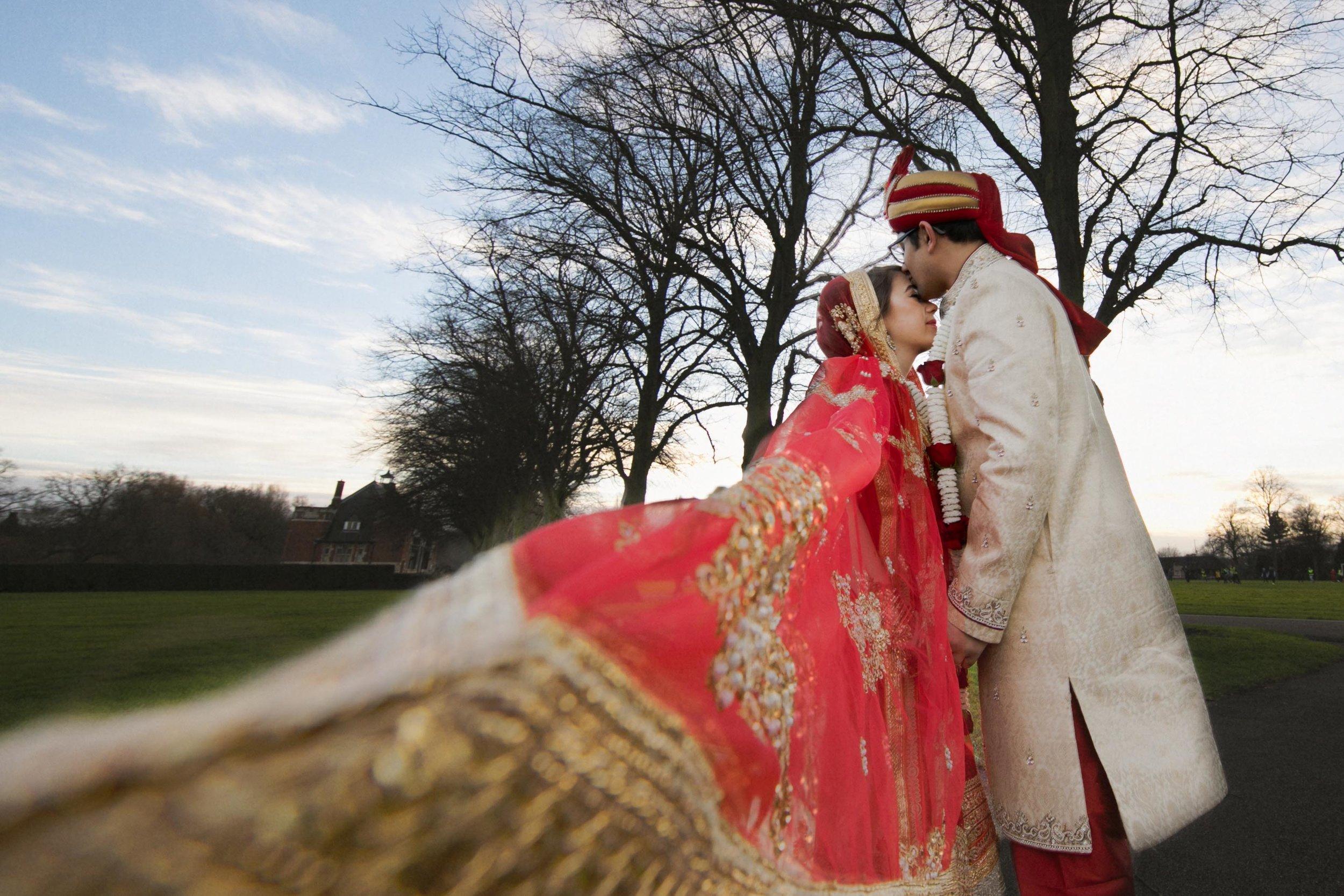 asian-Hindu-wedding-photographer-birmingham-abbey-park-leicester-natalia-smith-photography-5.jpg