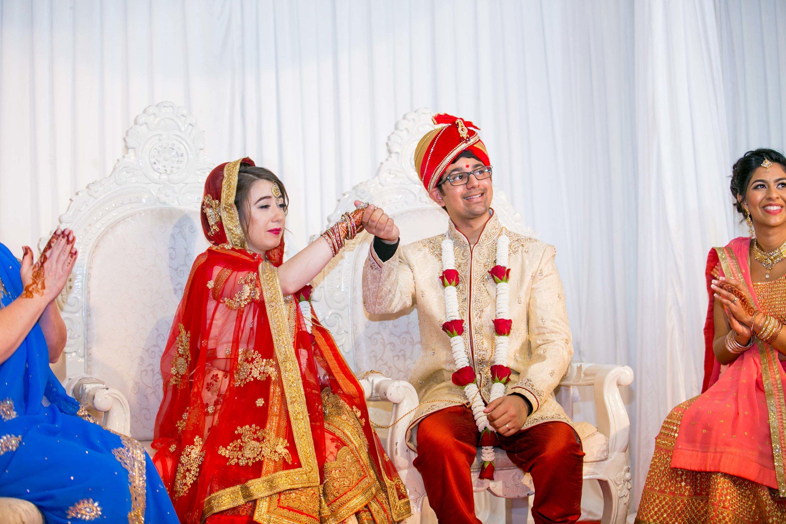 asian-Hindu-wedding-photographer-birmingham-abbey-park-leicester-natalia-smith-photography-34.jpg