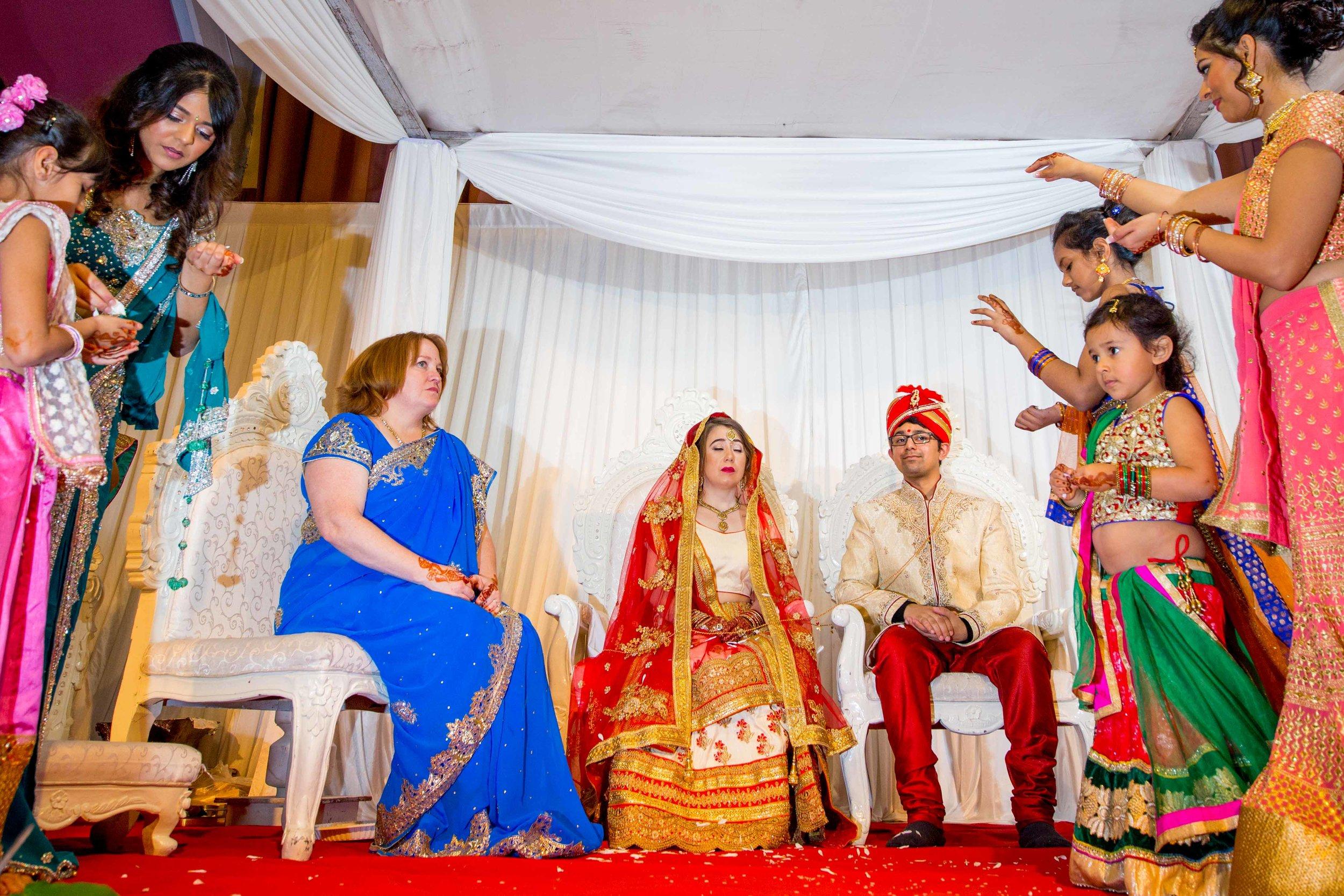 asian-Hindu-wedding-photographer-birmingham-abbey-park-leicester-natalia-smith-photography-32.jpg