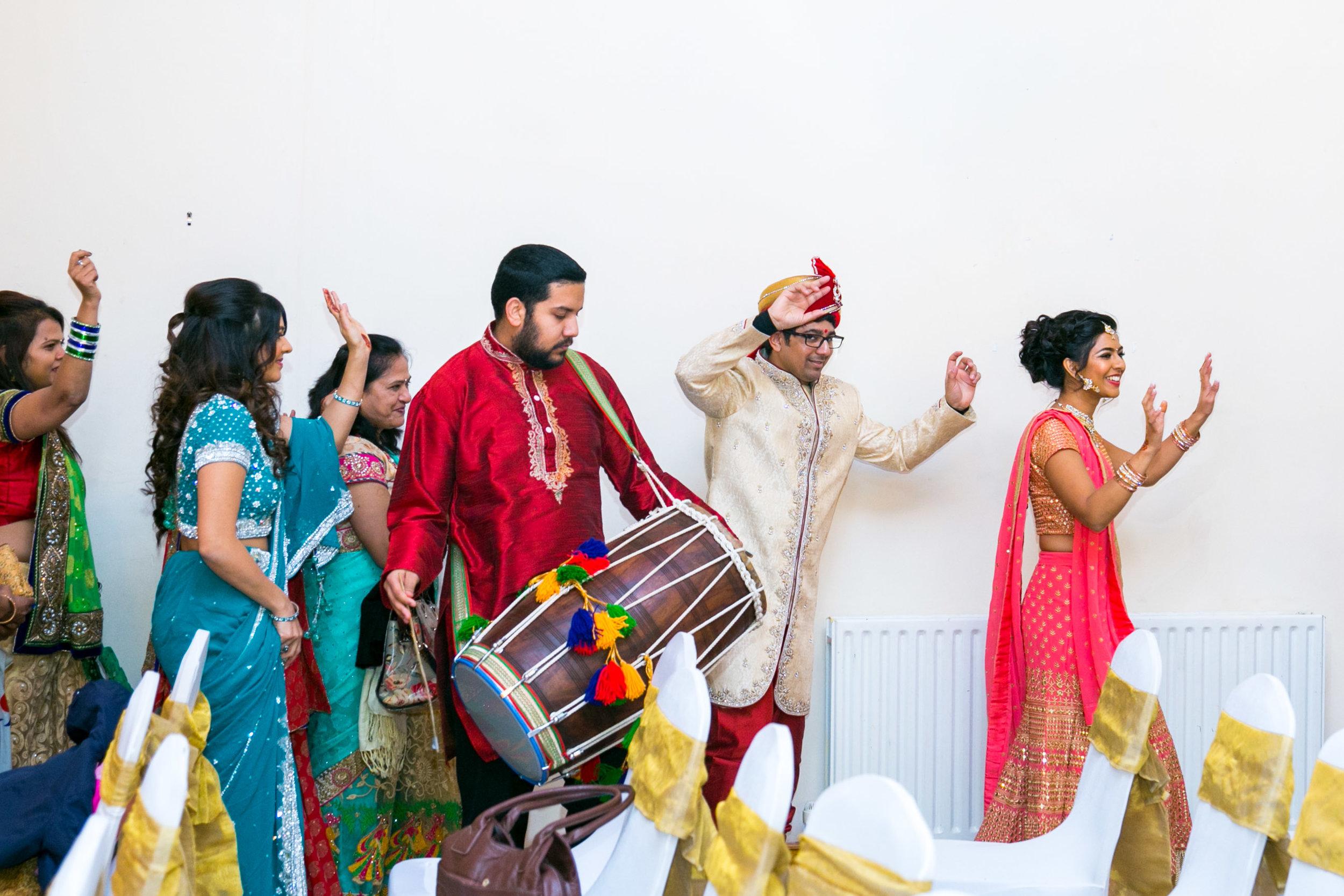 asian-Hindu-wedding-photographer-birmingham-abbey-park-leicester-natalia-smith-photography-26.jpg