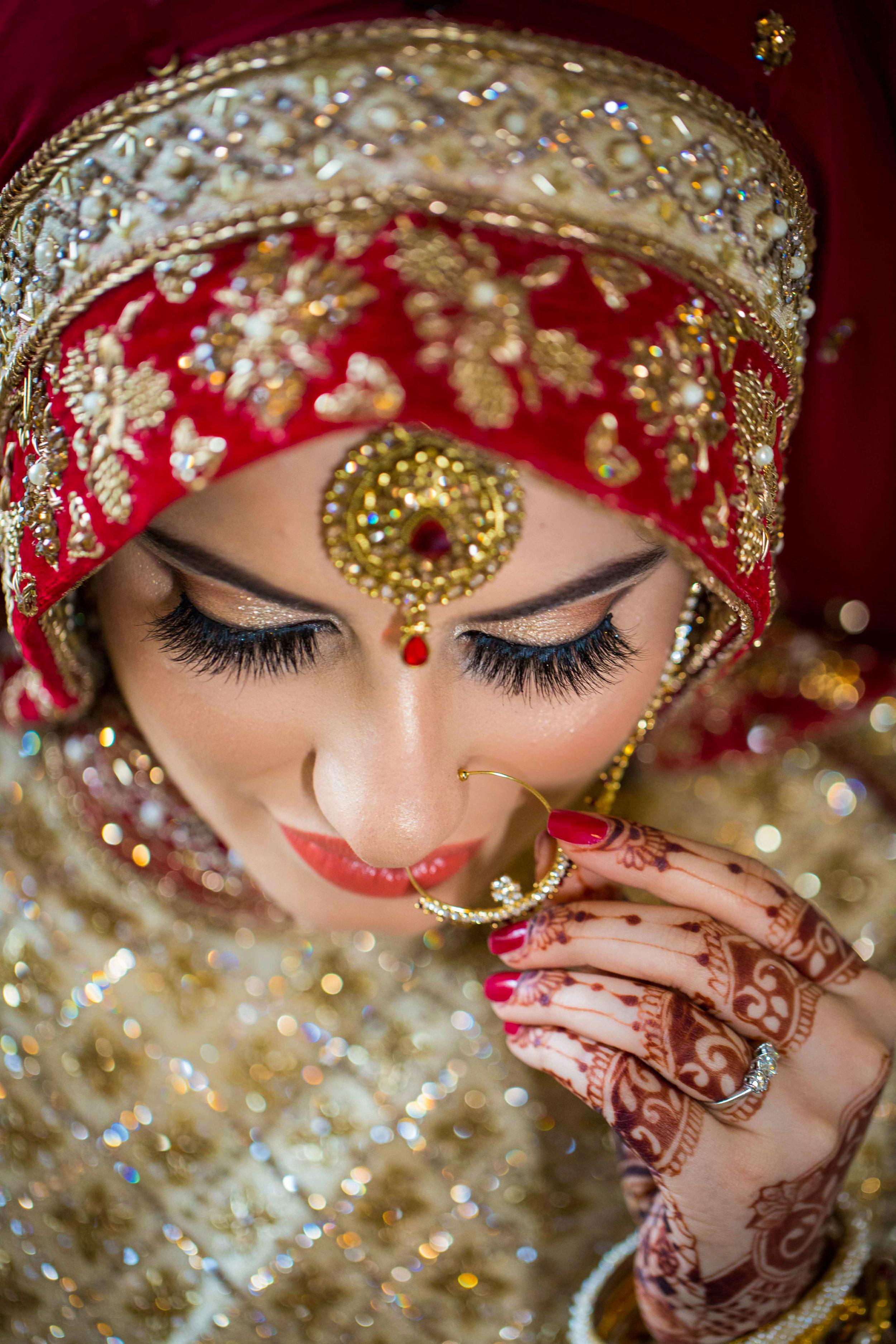 Macdonald-Berystede-Hotel-wedding-female-asian-wedding-photographer-london-natalia-smith-photography-15-2.jpg