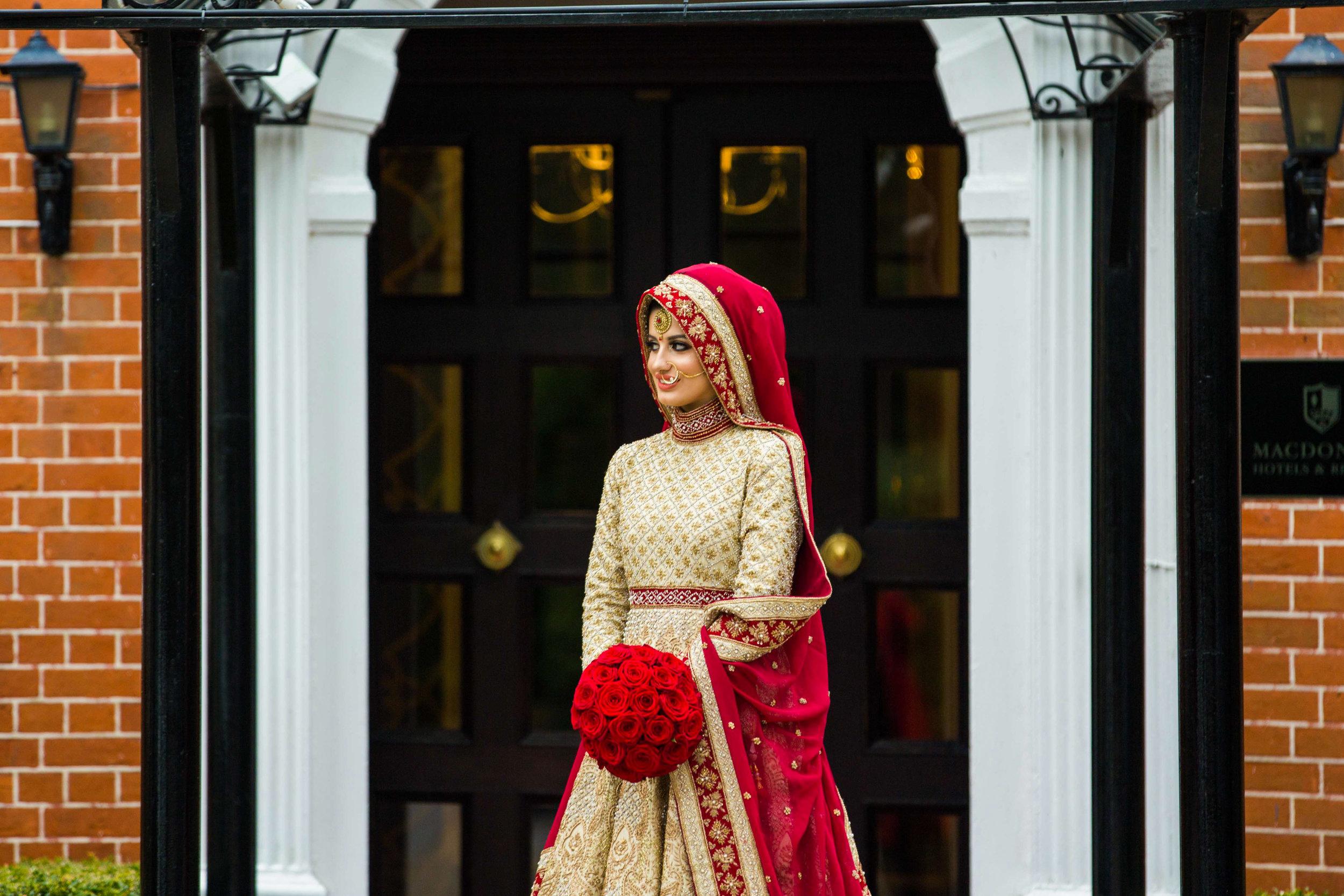 Macdonald-Berystede-Hotel-wedding-female-asian-wedding-photographer-london-natalia-smith-photography-27-2.jpg