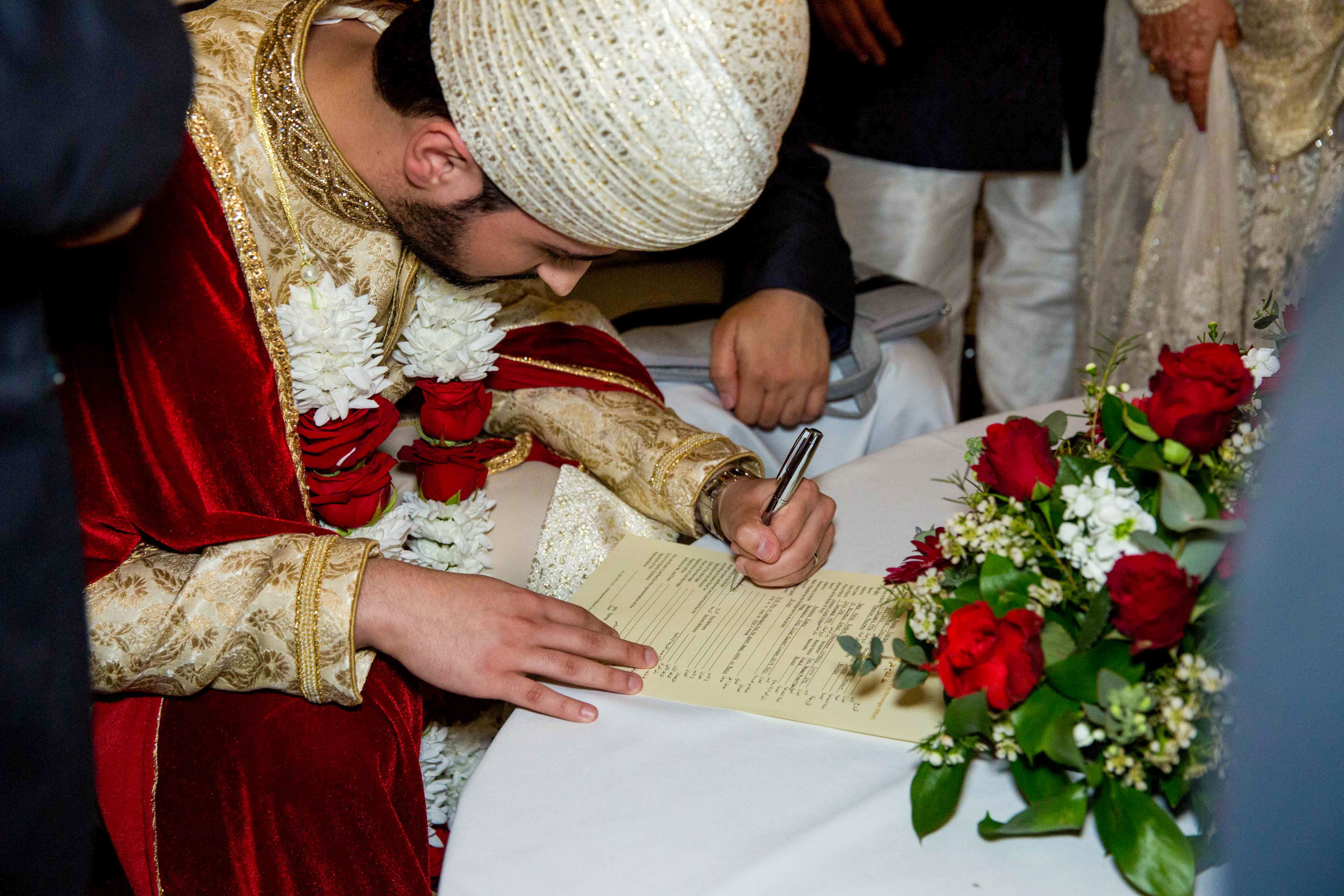 Macdonald-Berystede-Hotel-wedding-female-asian-wedding-photographer-london-natalia-smith-photography-58-2.jpg
