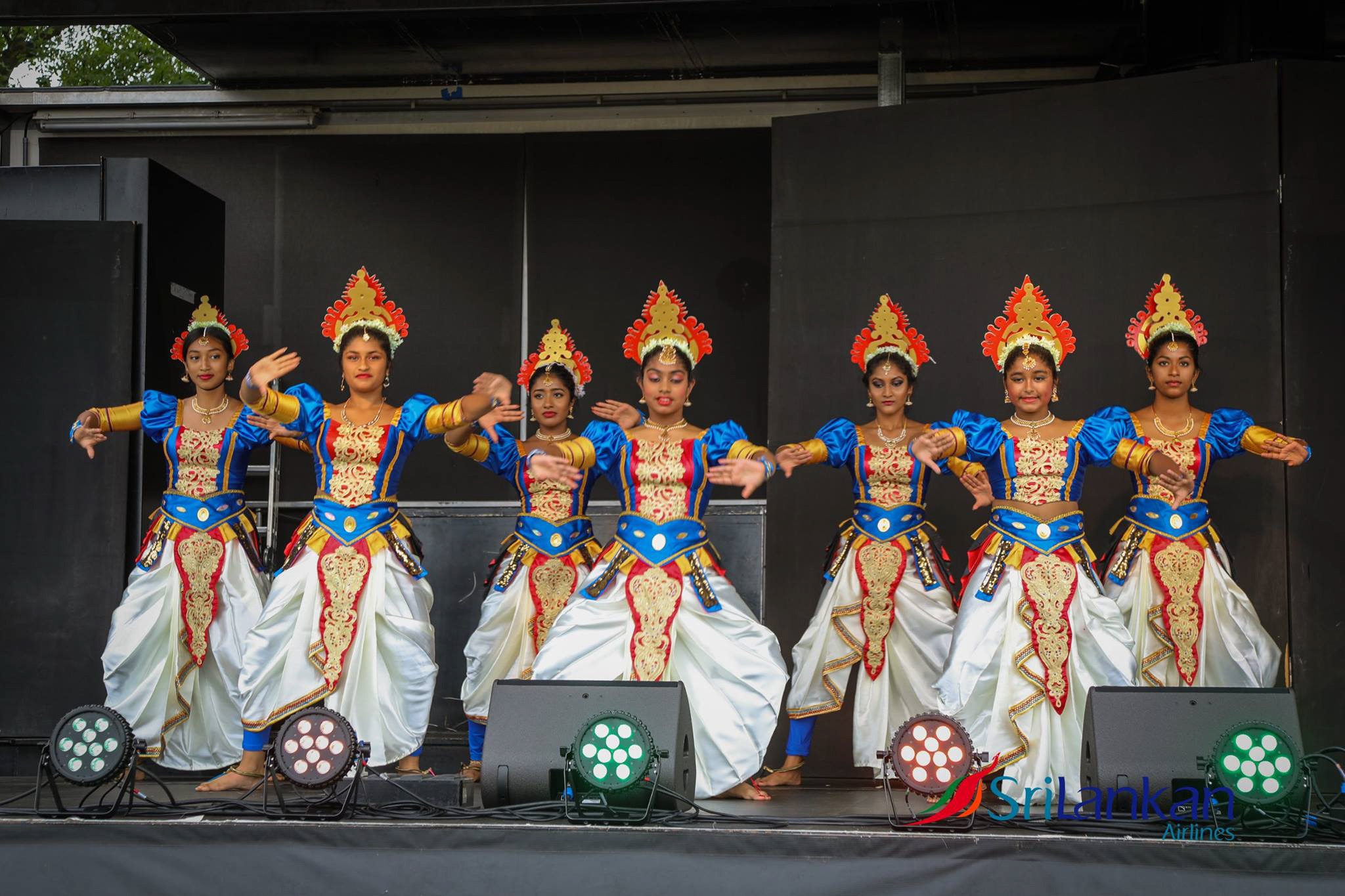 Sri-Lankan-airlines-cricket-festival-london-2017-natalia-smith-Kandyan-dance-5.jpg