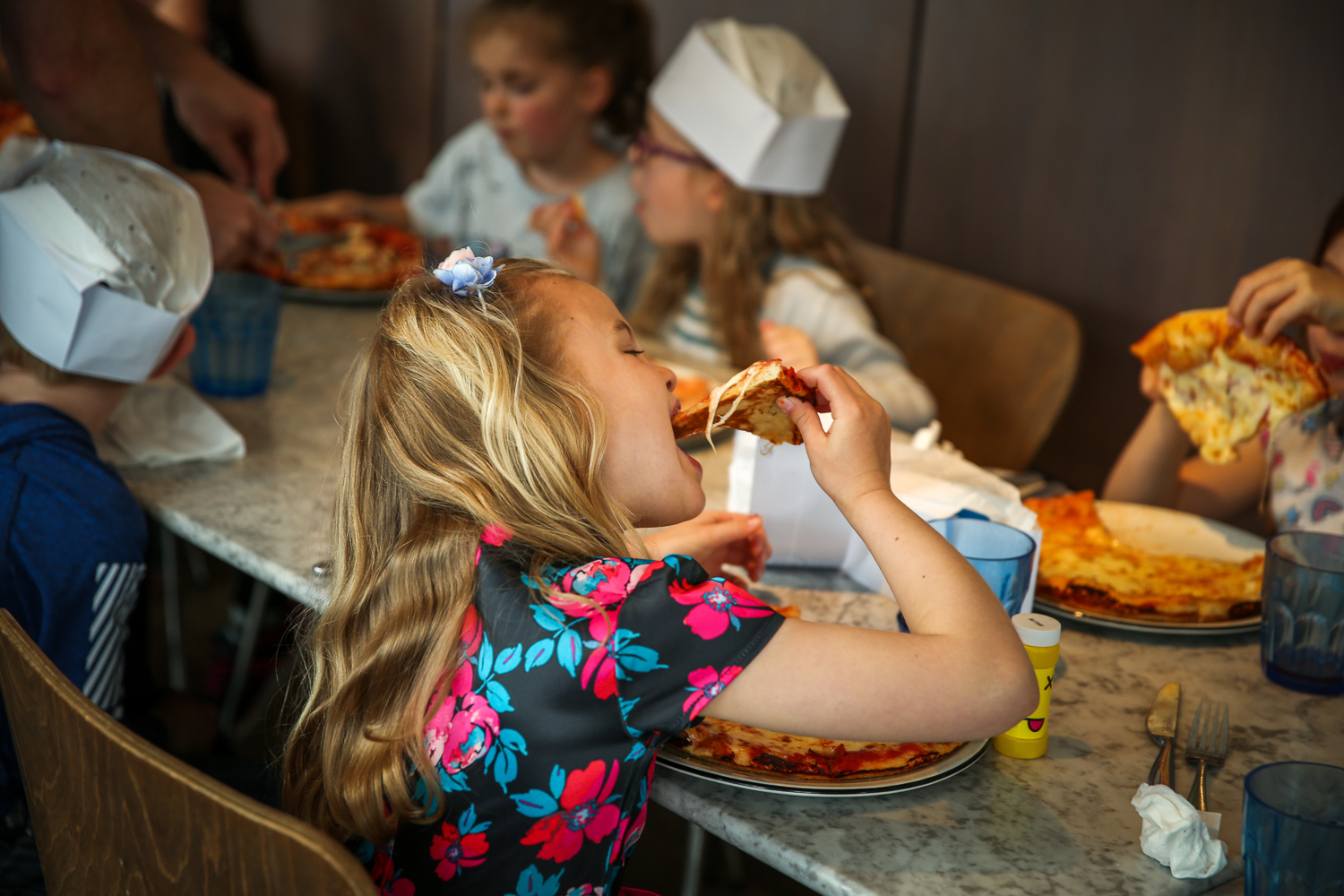 Pizza-Express-Kids-indoor-Birthday-Party-family-photographer-South-Wales-Natalia-Smith-Photography-0015.jpg