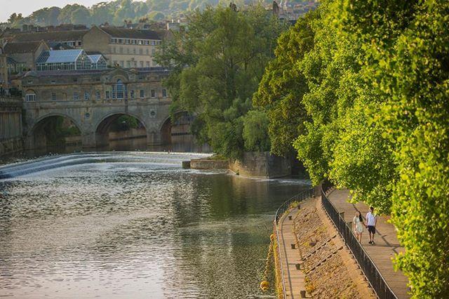 "This Bath view reminds me of the setting in the film ""Perfume"" - the grand stone buildings, narrow streets and the residential homes on the bridge. ⠀ ⠀ ⠀ -------------------------------------⠀ ⠀ -------------------------------------⠀ ⠀  #prewedding #preweddingshoot #coupleshoot #engagementshoot  #bengaliwedding #bengalibride #bengalicouple @bangladeshi_bridalglam #bangladeshi_bridalglam #sikhgroom #turban #weddingturban #weddingnet365 #wedwise  #hinduwedding #hindubride #hinduceremony #mandap  #globe_people #wedding_life #indianweddingz #weddingplz #weddingsutra #weddingbells.x #wedding_life #indian_wedding #indianbridesx #indian_wedding_inspiration #indianbride #photobugcommunity @globe_people @wedding_life @indianweddingz @weddingplz @weddingsutra  @weddingbells.x @wedding_life @indian_wedding @indianbridesx @indian_wedding_inspiration @indianbride #photobugcommunity @junebugweddings @wedding.photo.inspiration @herbigdayllc ⠀"