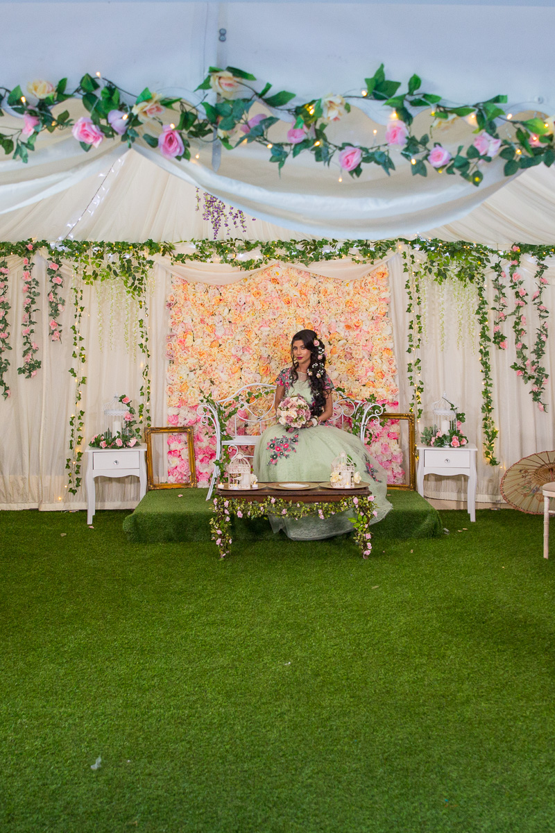 Female-Asian-wedding-photographer-london-mehndi-cardiff-natalia-smith-smita-photography-0073.jpg