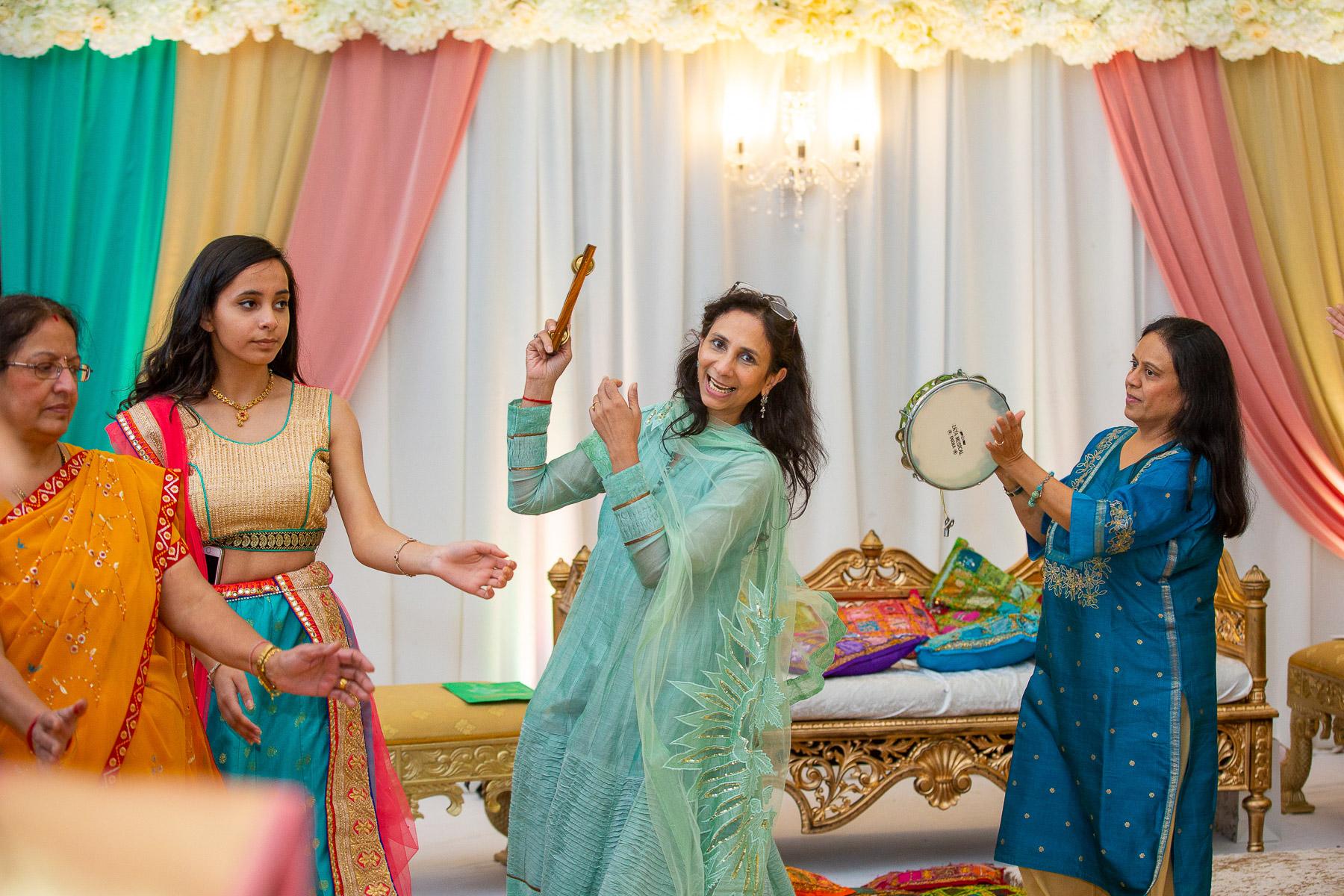 Asian-wedding-photographer-Bristol-hindu-baby-shower-godh-bharai-natalia-smith-photography-0074.jpg
