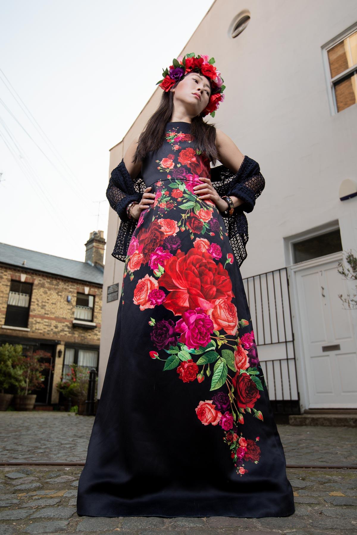 Russian-style-fashion-photographer-london-floral-Русский-стиль-мода-павловопосадский-платок-natalia-smith-photography-0017.jpg