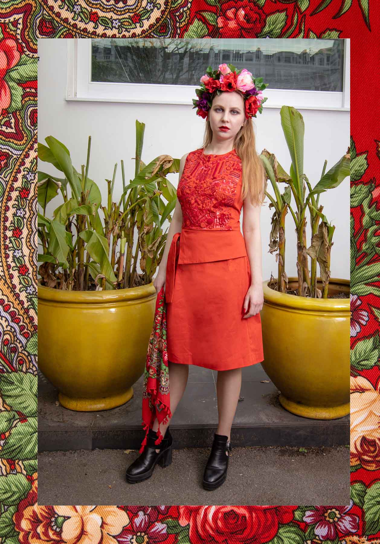 Russian-style-fashion-photographer-london-floral-Русский-стиль-мода-павловопосадский-платок-natalia-smith-photography-0074.jpg