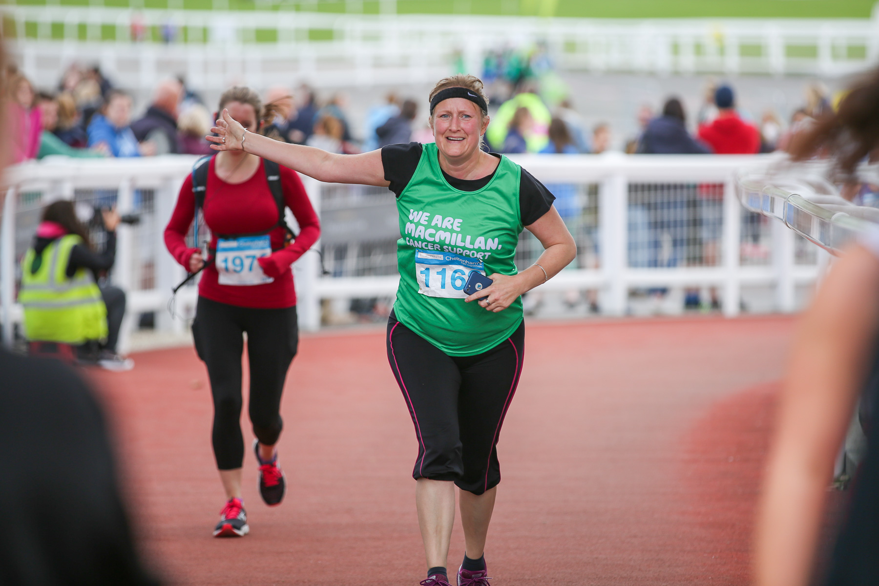 Macmillan-charity-marathon-run-cheltenham-racecourse-september-2018-natalia-smith-photography0330.jpg