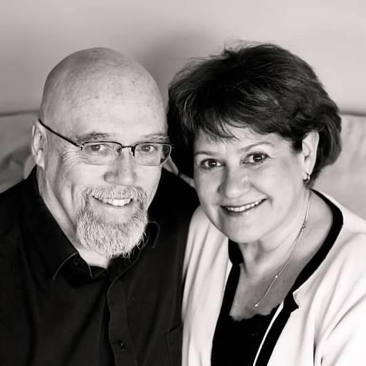 Paul and Dee.jpg