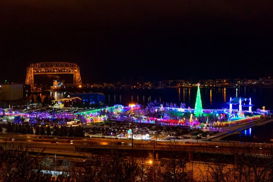 Bentleyville Tour - Get your group together to experience America's Largest Free Walk Through Lighting Display. Bentleyville invites guests to stroll under the glow of over 5 million lights in a 20-acre park situated on the shores of Lake Superior, while enjoying complimentary hot cocoa, cookies, popcorn and roasted marshmallows and so much more! Contact us today!