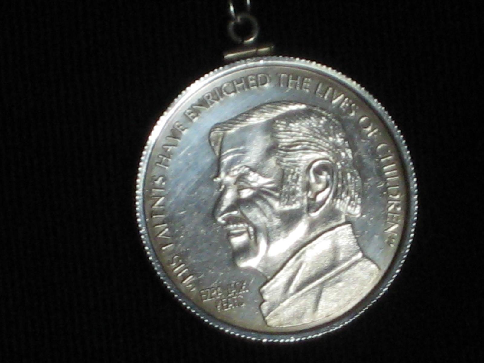 Keats Profile medal.JPG