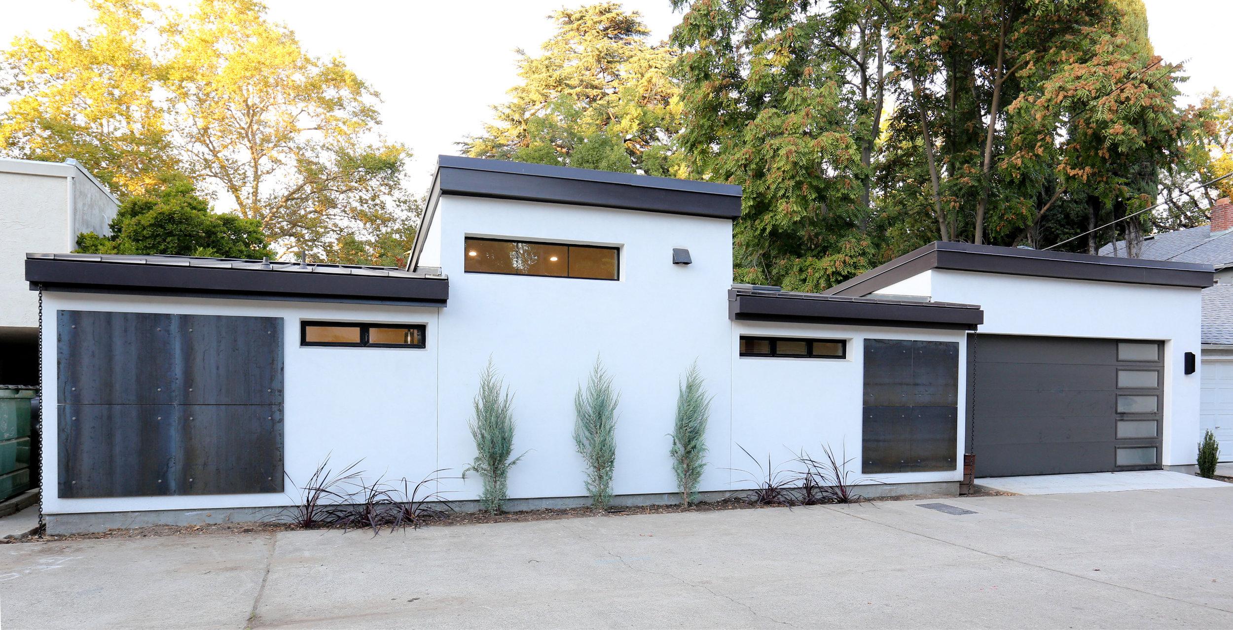 switch-house-alley-exterior-modern.JPG