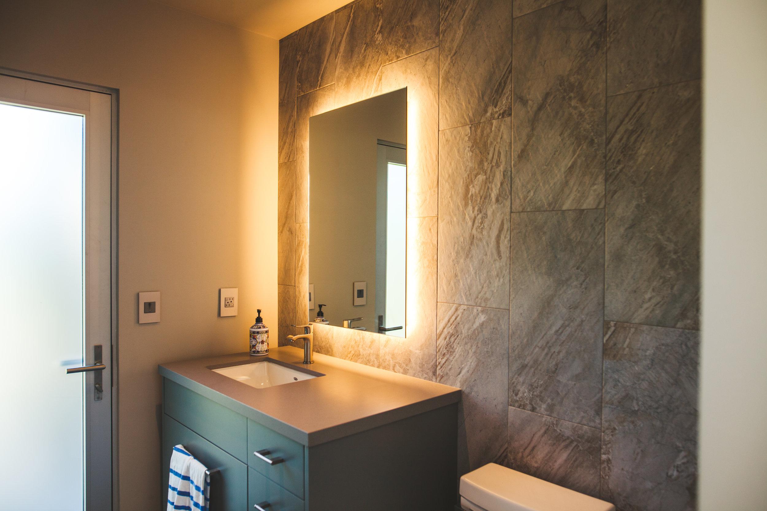 Bathroom-Poolhouse-Gen-M-Architecture.jpg