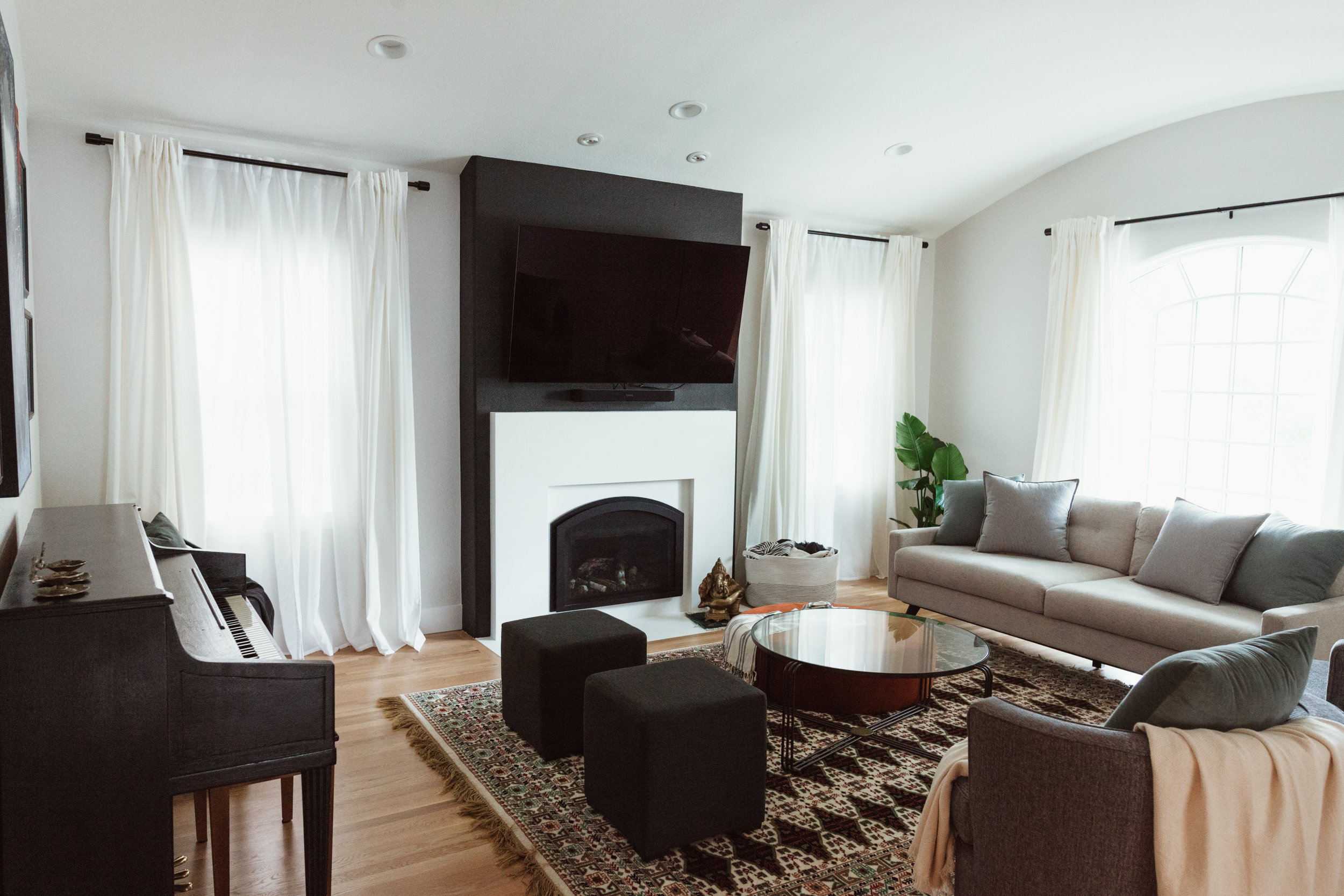 Gen-M-Architecure-Fireplace-Living-accent-wall.jpg