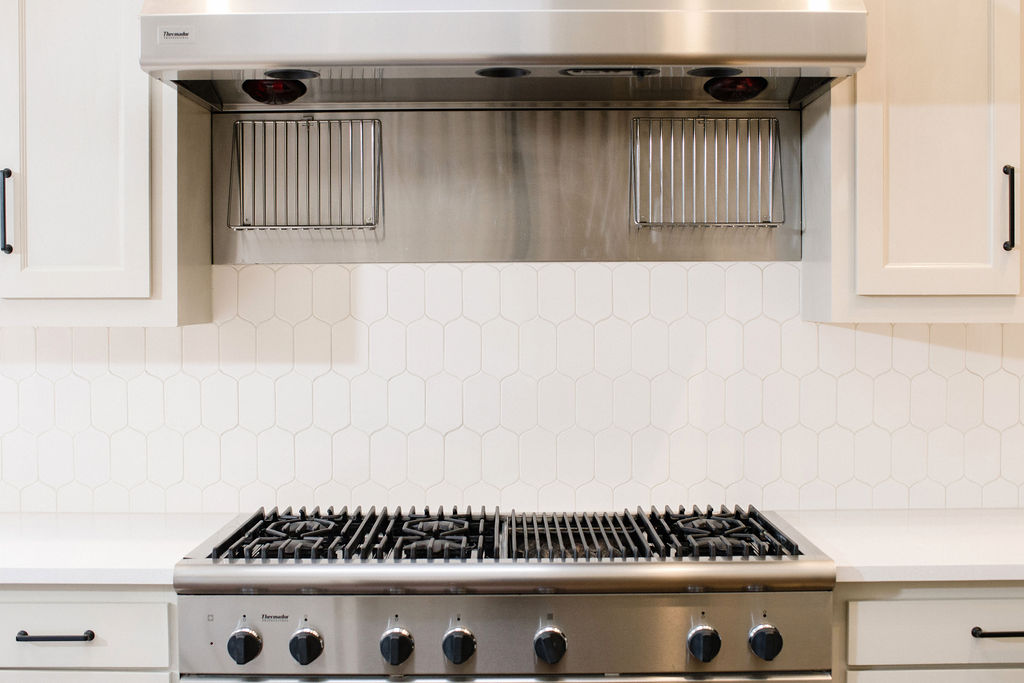 eanes backsplash.jpg