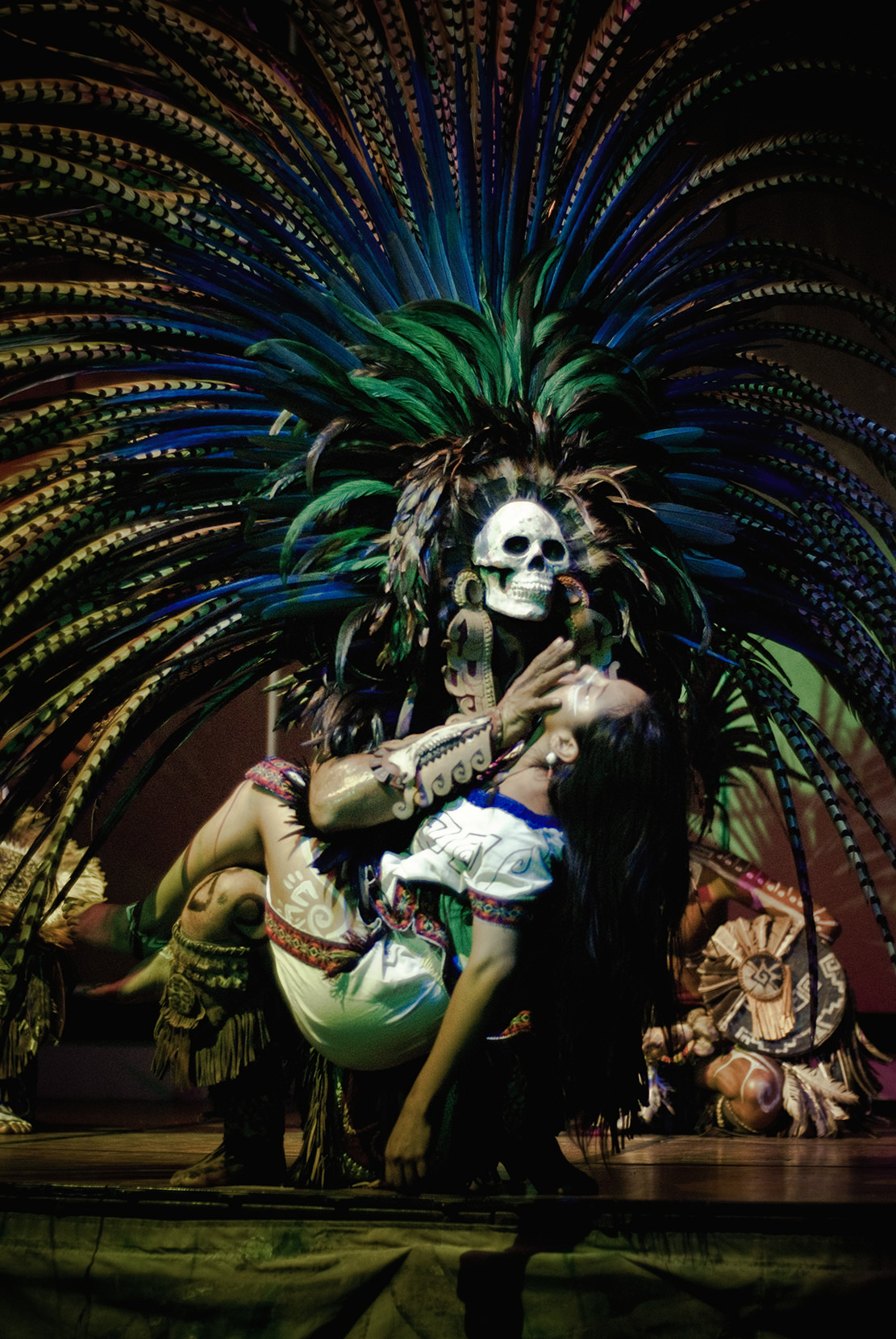 wojtek-jakubiec-photographer-montreal-mayan-mexico-documentary-Mayan-show-sacrifice-colour.jpg