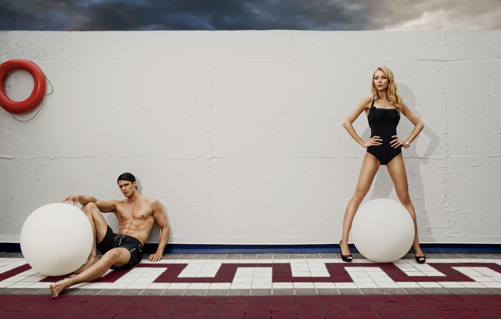 poolside-couple-in-swimwear.jpg