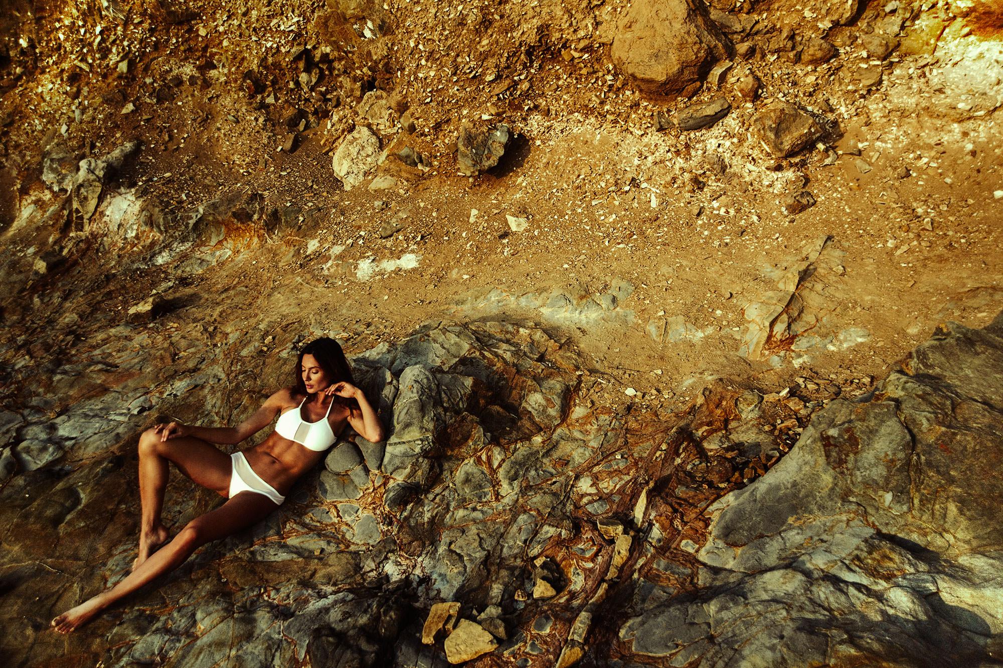 Palos-verde-paradise-cliff-with-oksana-rykova.jpg