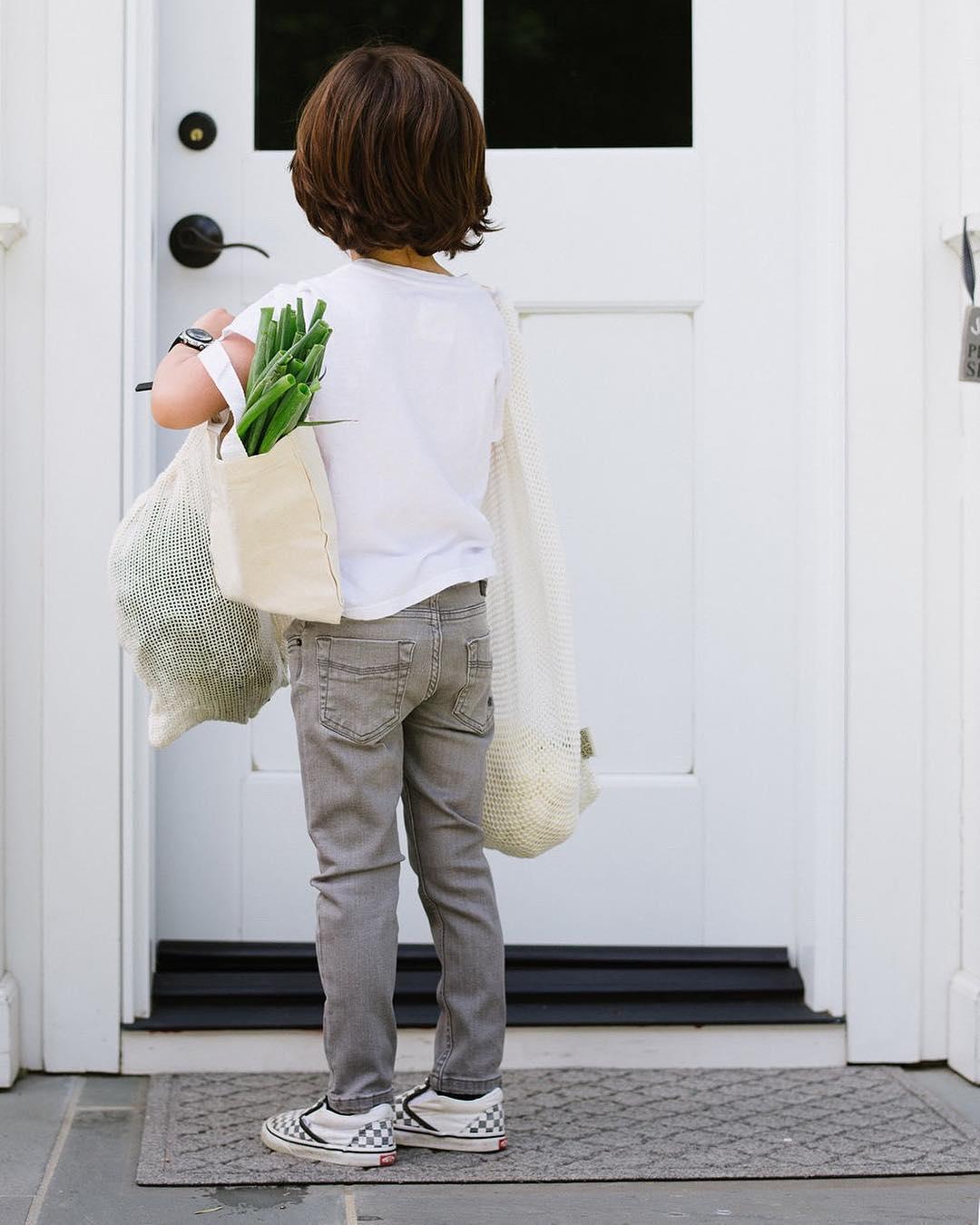 Natasha Beck using reusable bags