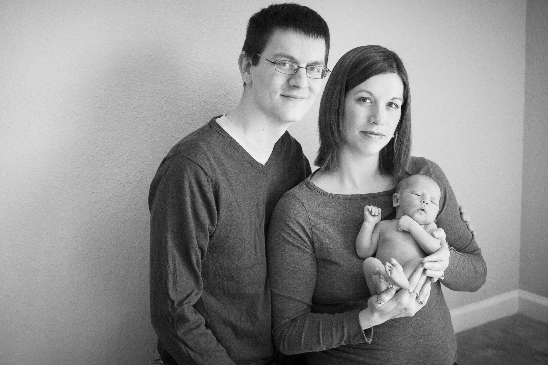 Family with a newborn photos in Central indiana