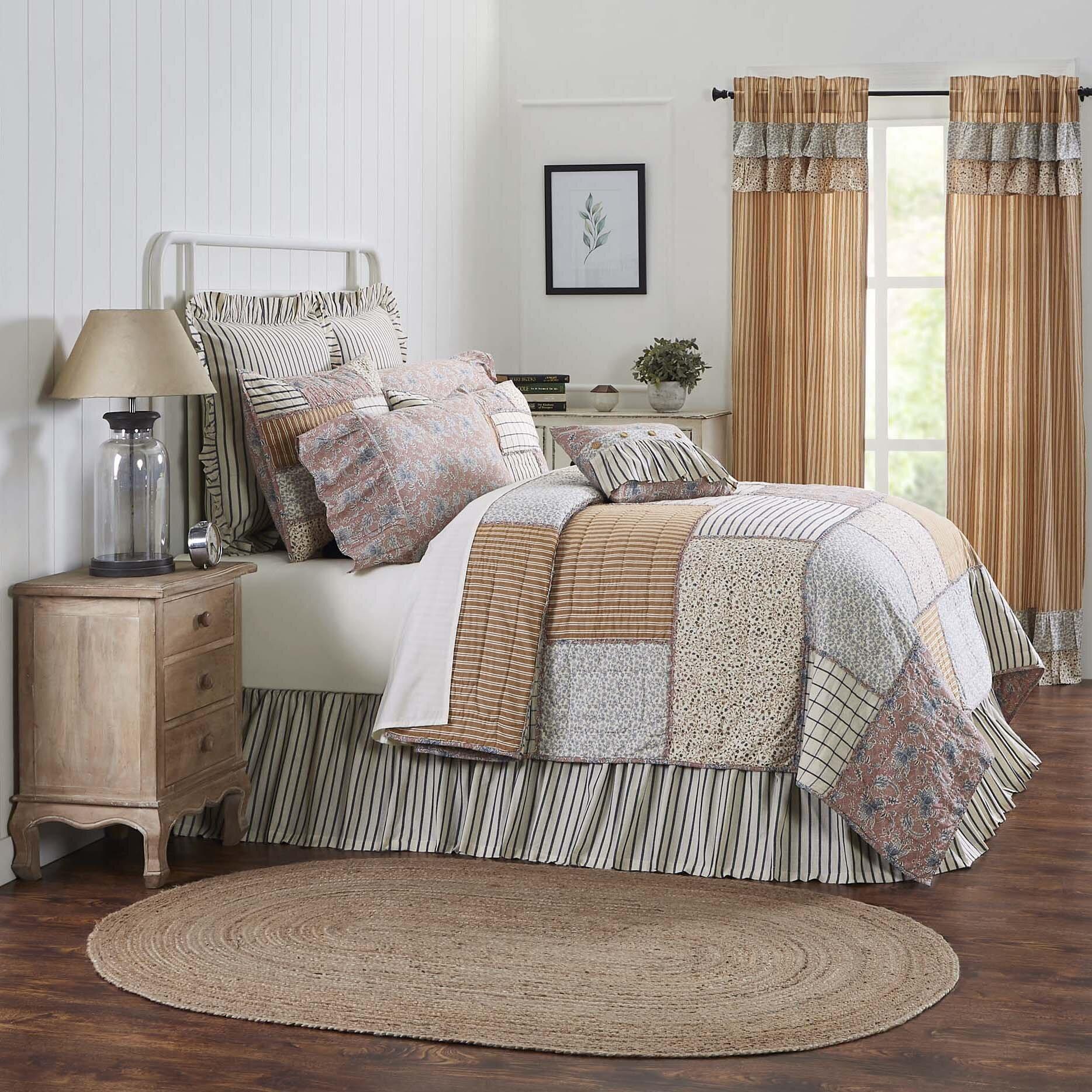 Annie Blue Floral Patch King Quilt 105Wx95L - Quilts ...