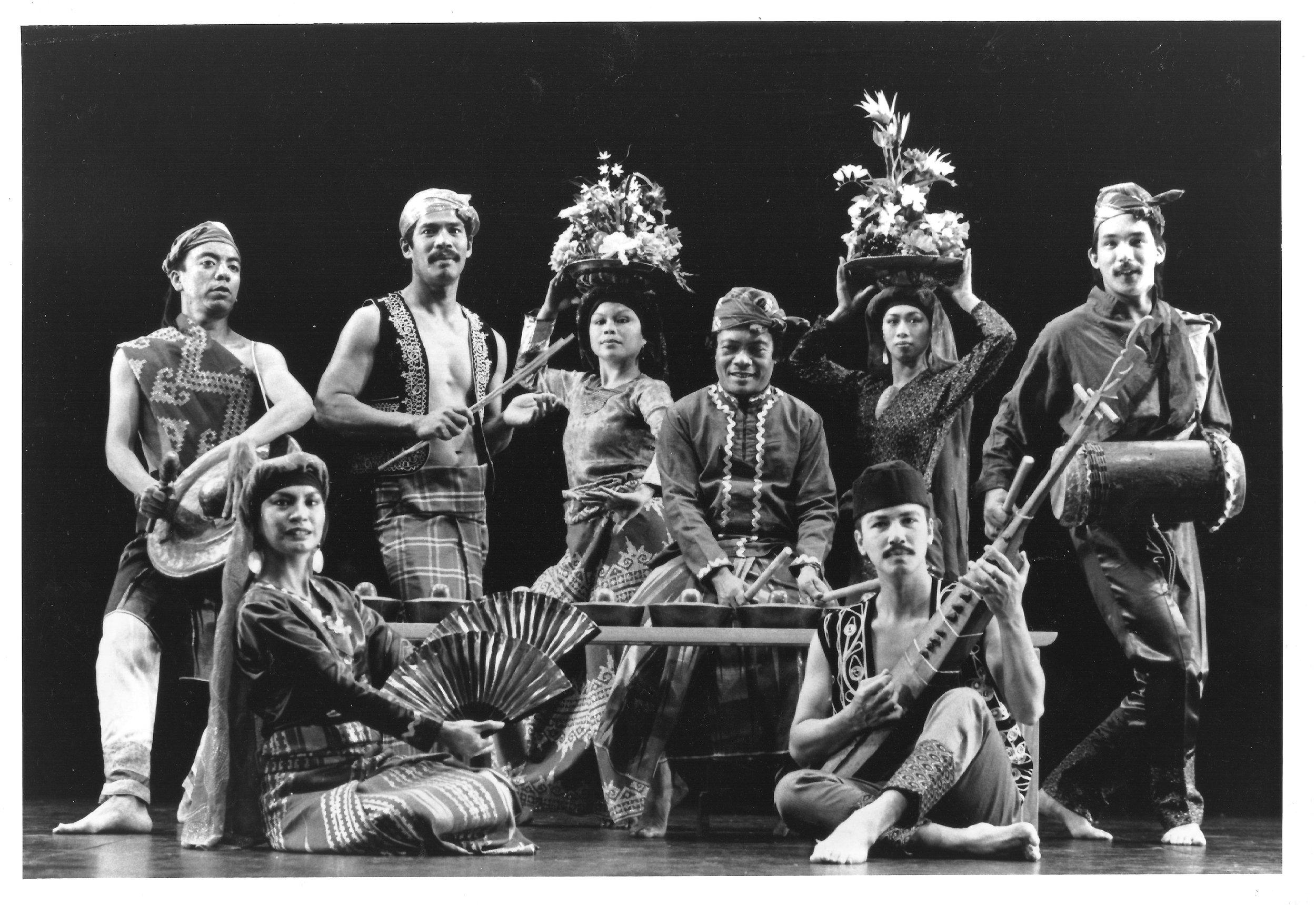 1988-Danongan Kalanduyan  & KAE 001 (2).jpg