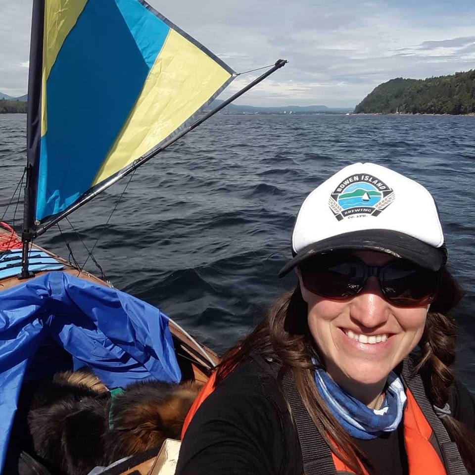 Gen and Reg sailing into Nanaimo. (Photo by Genevieve Gay)
