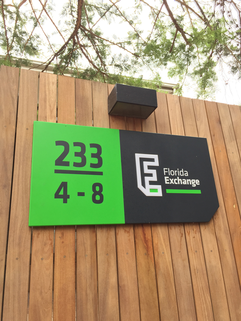 florida exchange directional sign.jpg