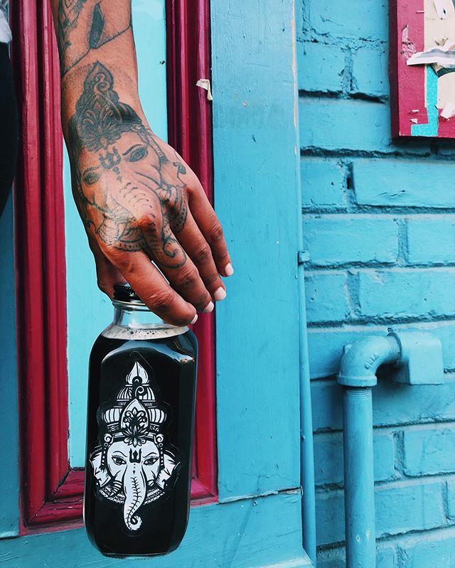 C O L D B R E W ☕️ HAPPY MONDAY ✨ #drinkdharma