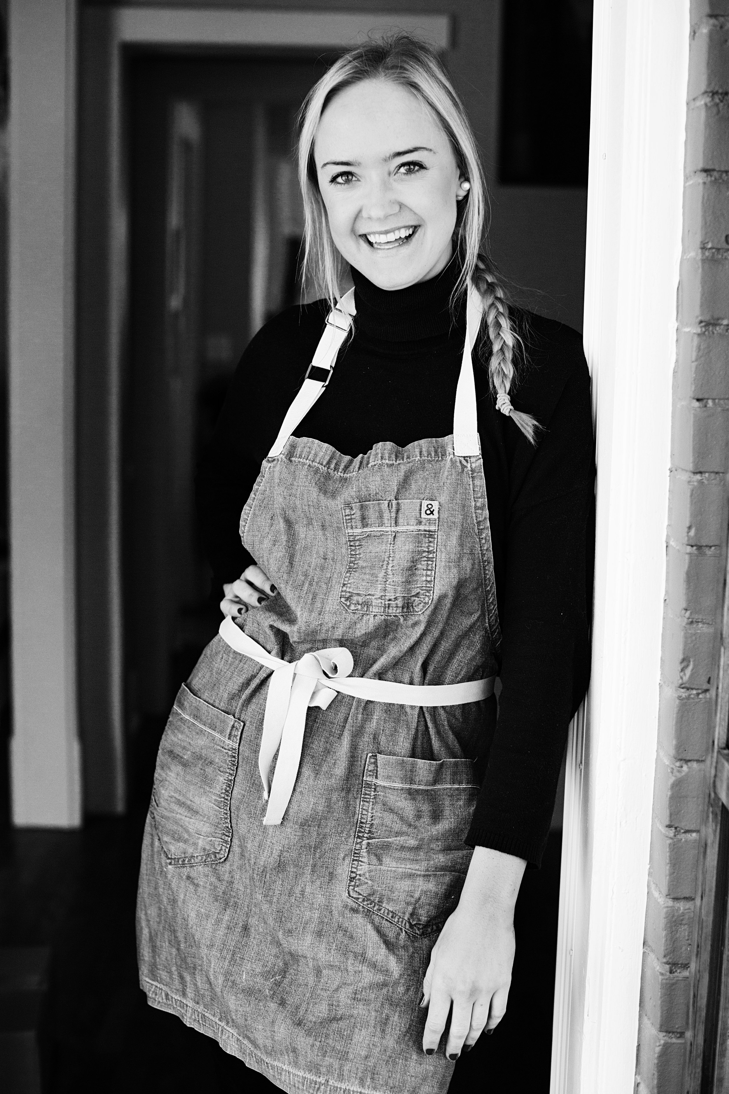 About Kelly  - Food Stylist, Recipe Tester, Recipe Developer, Chef Instructor, Personal Chef and most importantly, lover of all things food. I am proudly from Minnesota. After receiving my Bachelors degree in Business Administration from the University of Minnesota Duluth, I moved to New York City to pursue my passion for food at the well respected International Culinary Center. There I received a Culinary Arts degree. I freelance regularly at