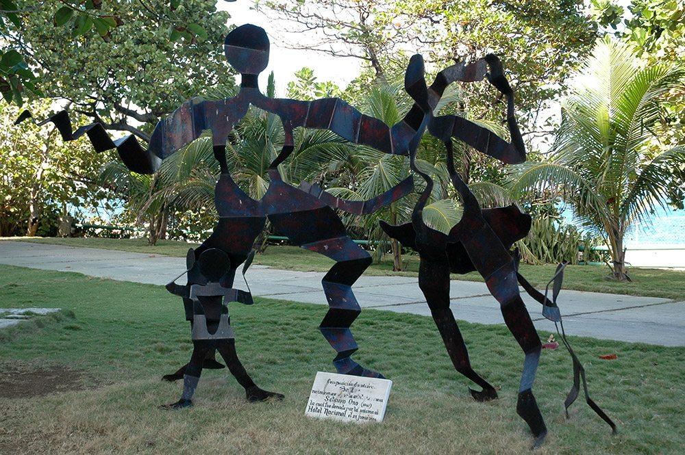 Dancing Family, 2003